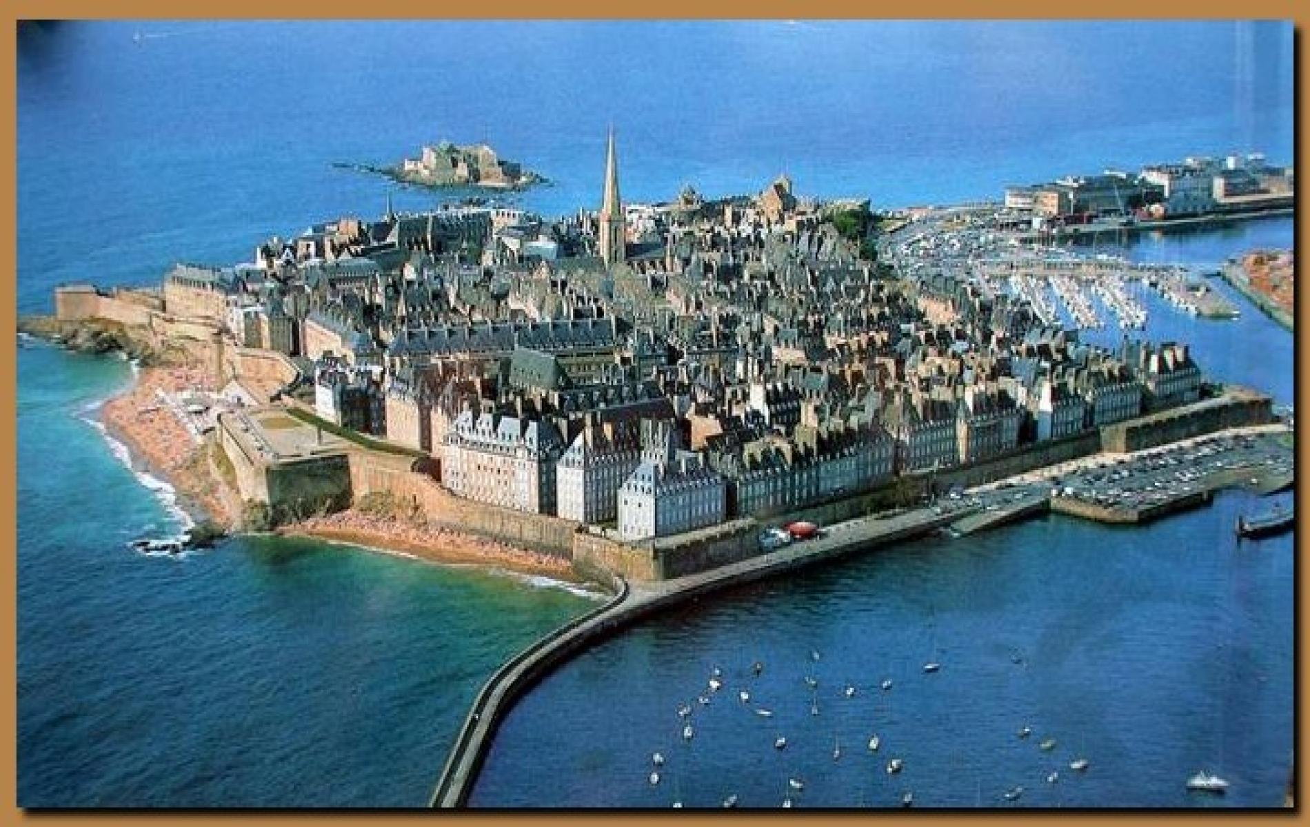 Saint Malo son histoire ses remparts
