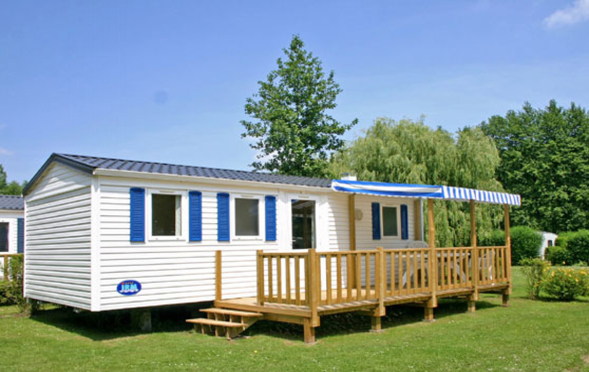 Mobil-Home - terrasse semi couverte
