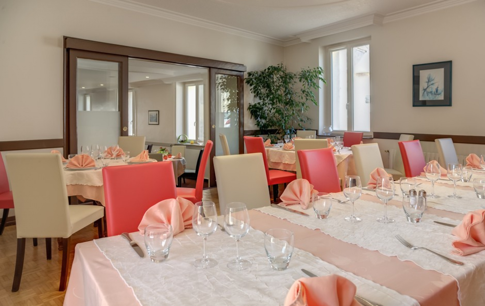 Restaurant de l'hotel de la barque proche Le Mans