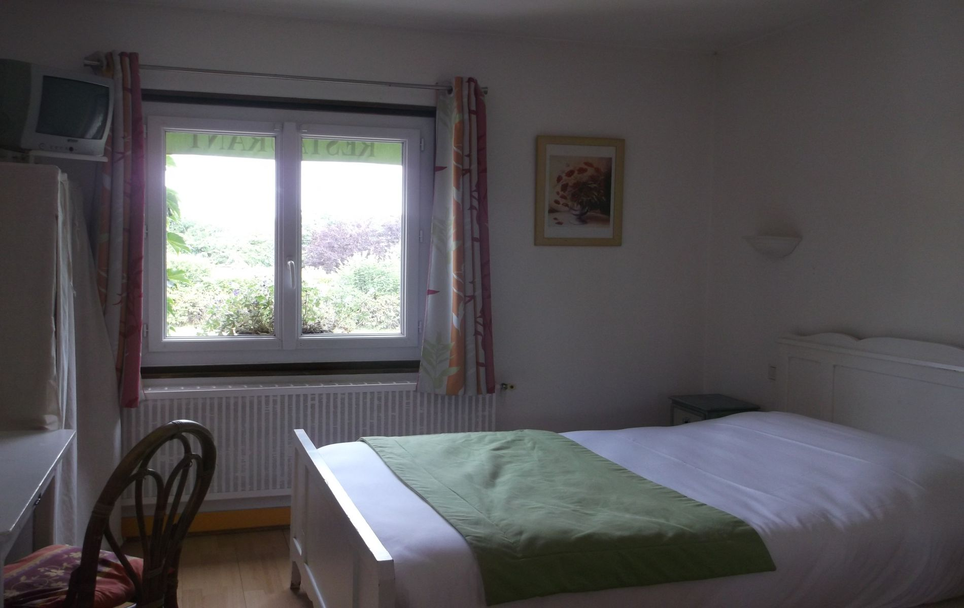 chambre triple de l'hotel logis saint martin pont l'éveque