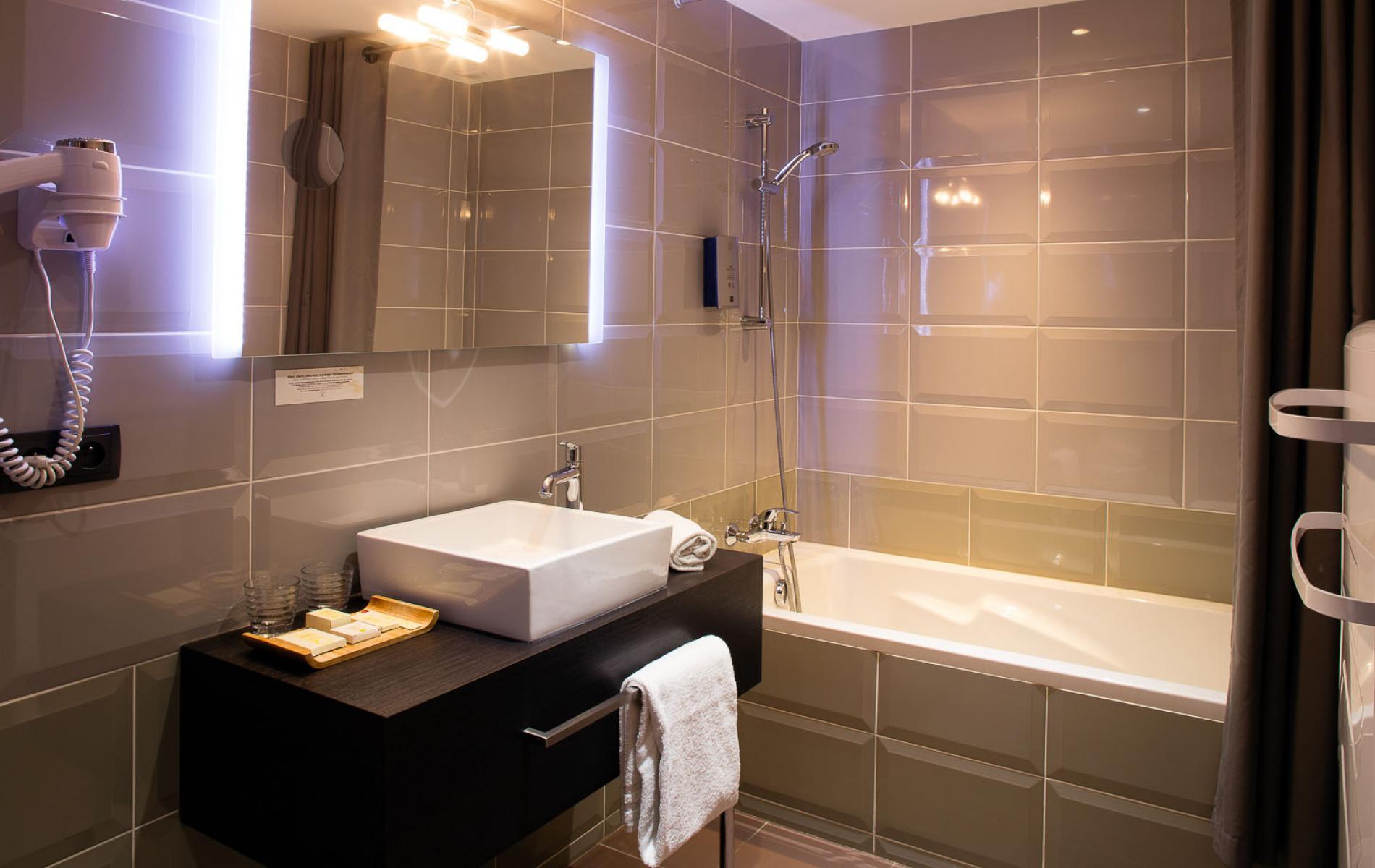Salle de bain Chambre triple supérieure