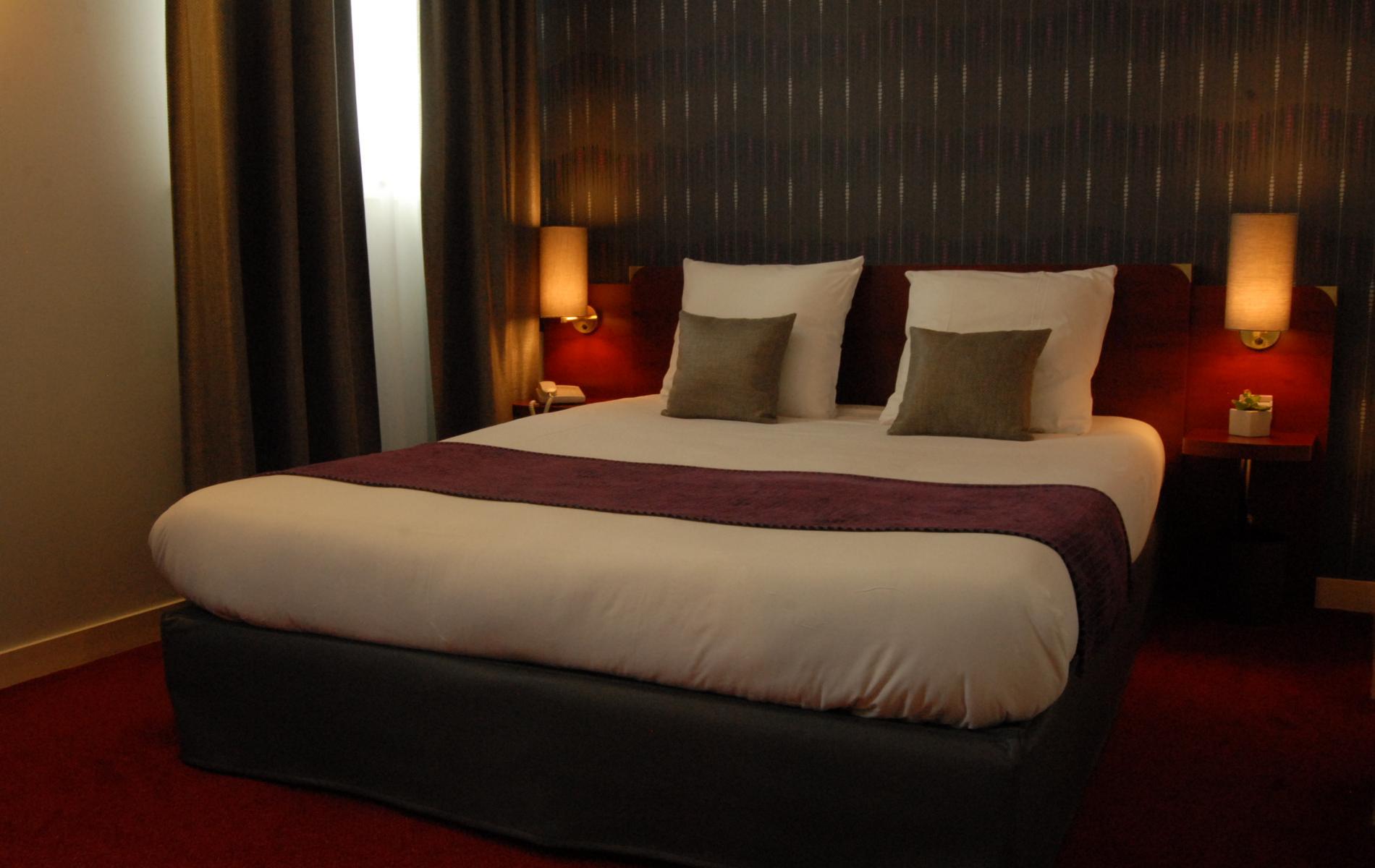 Chambre supérieure de l'hôtel Le Pélican proche de Saumur