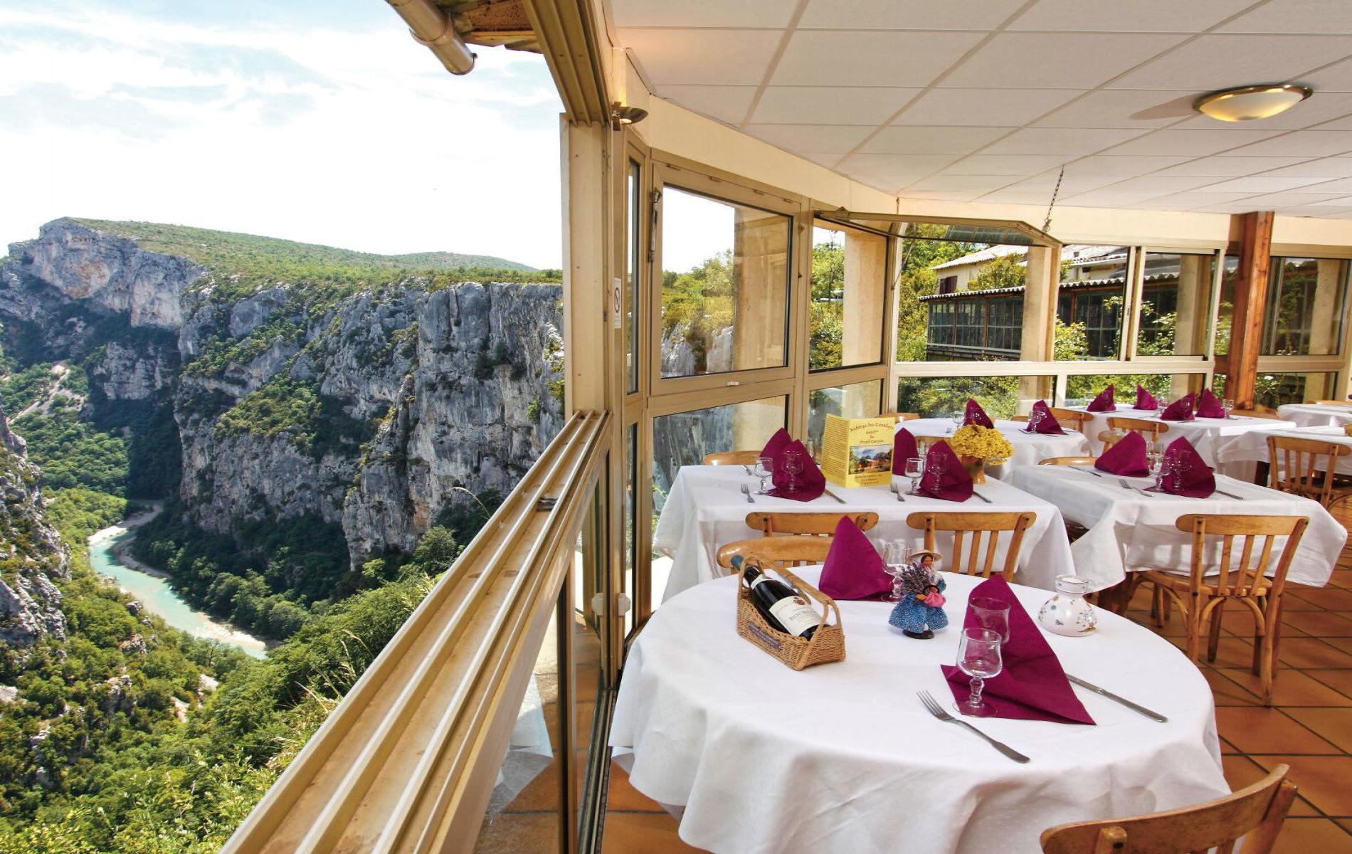 Hôtel En à Pic De 300m Surplombant Le Verdon