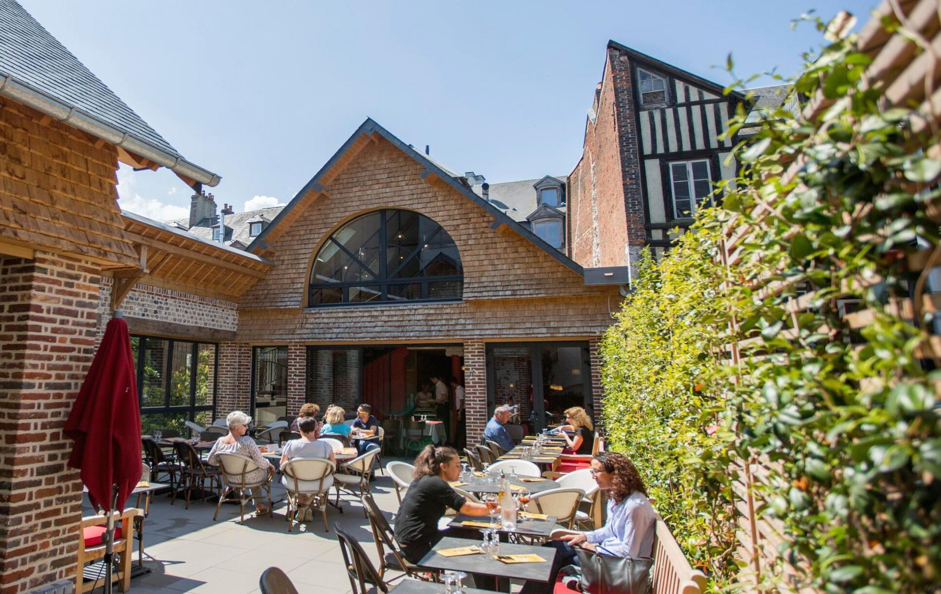 Photo library of the restaurants Il Parasole Deauville, Trouville