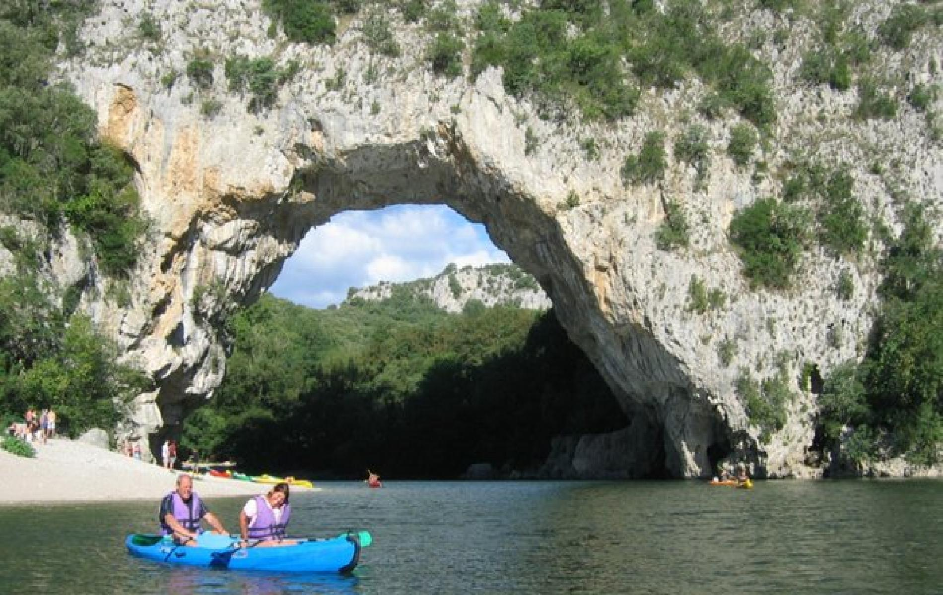 abacca canoe