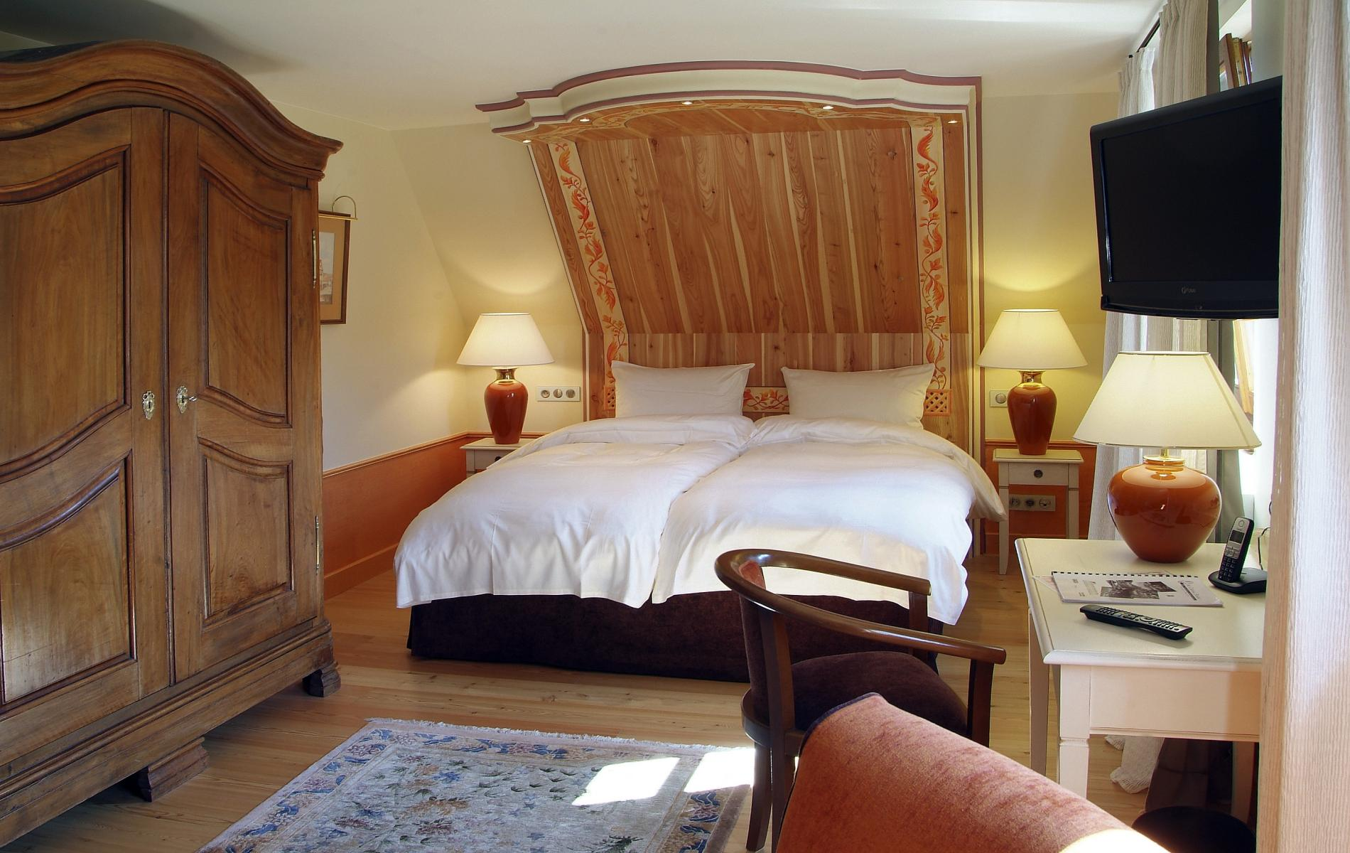 Chambres hotel niedersteinbach entre bitche et wissembourg - Hotel lyon chambre 4 personnes ...