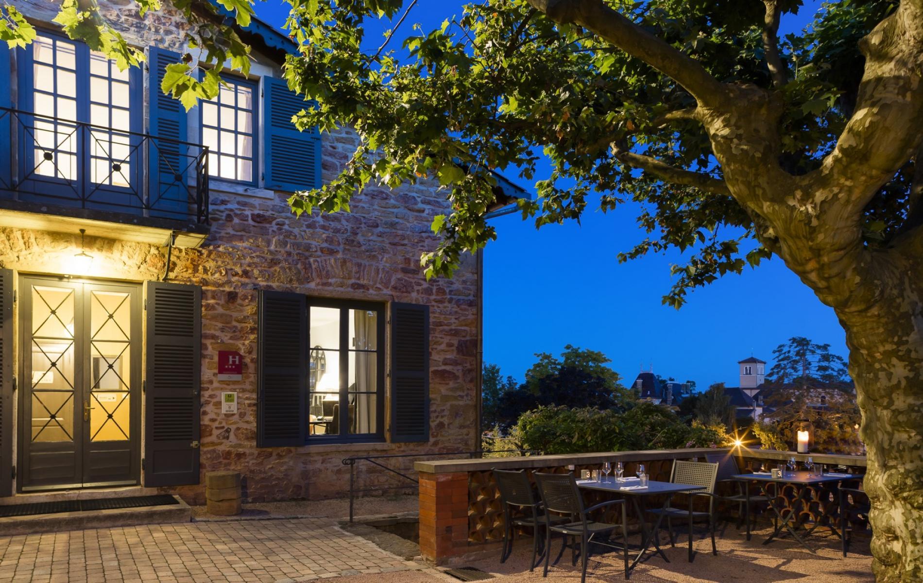 Profitez de votre soirée sur notre terrasse