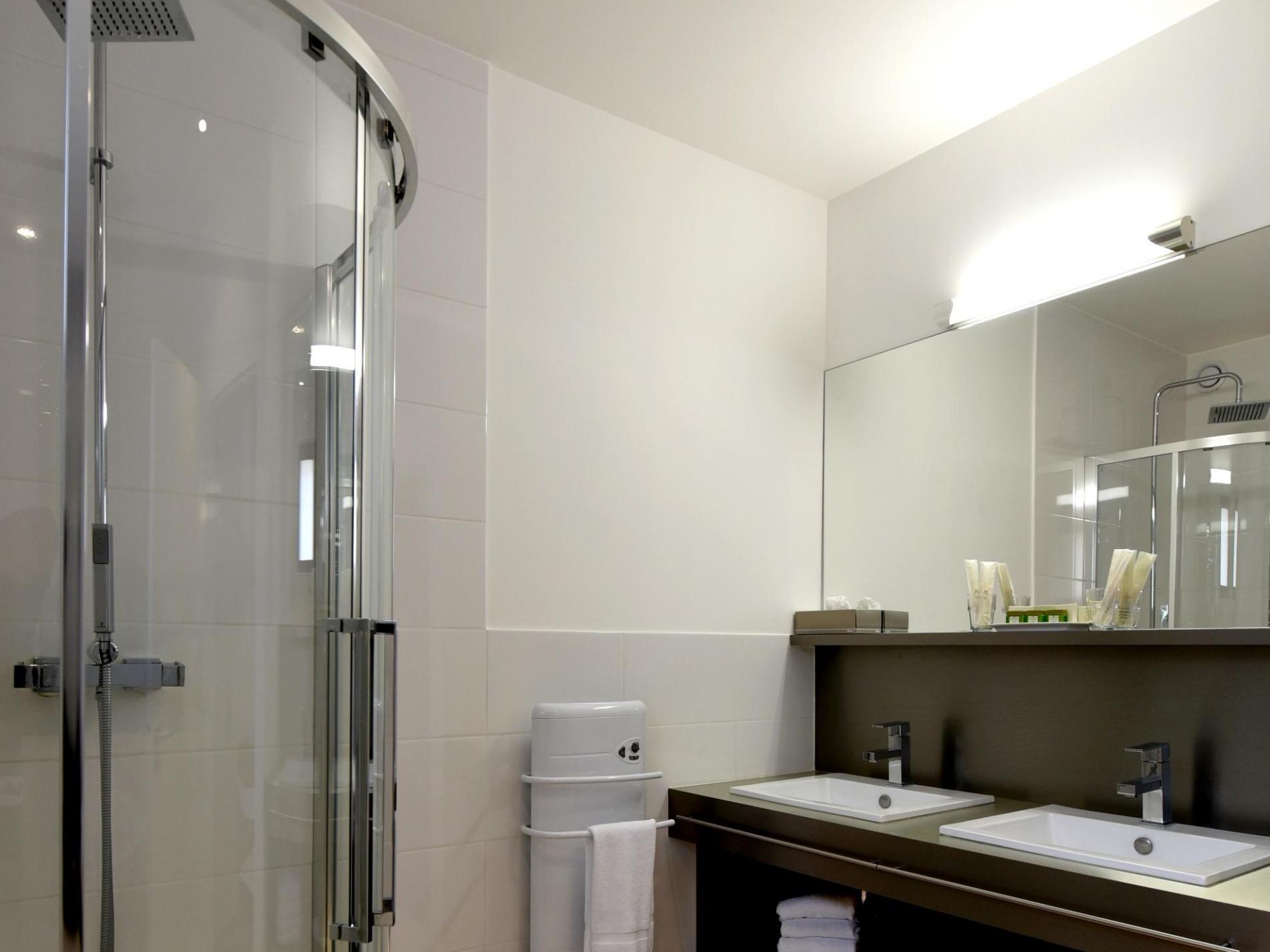 Salle De Bain Luxe Hotel ~ chambres h tel fontaine de vaucluse