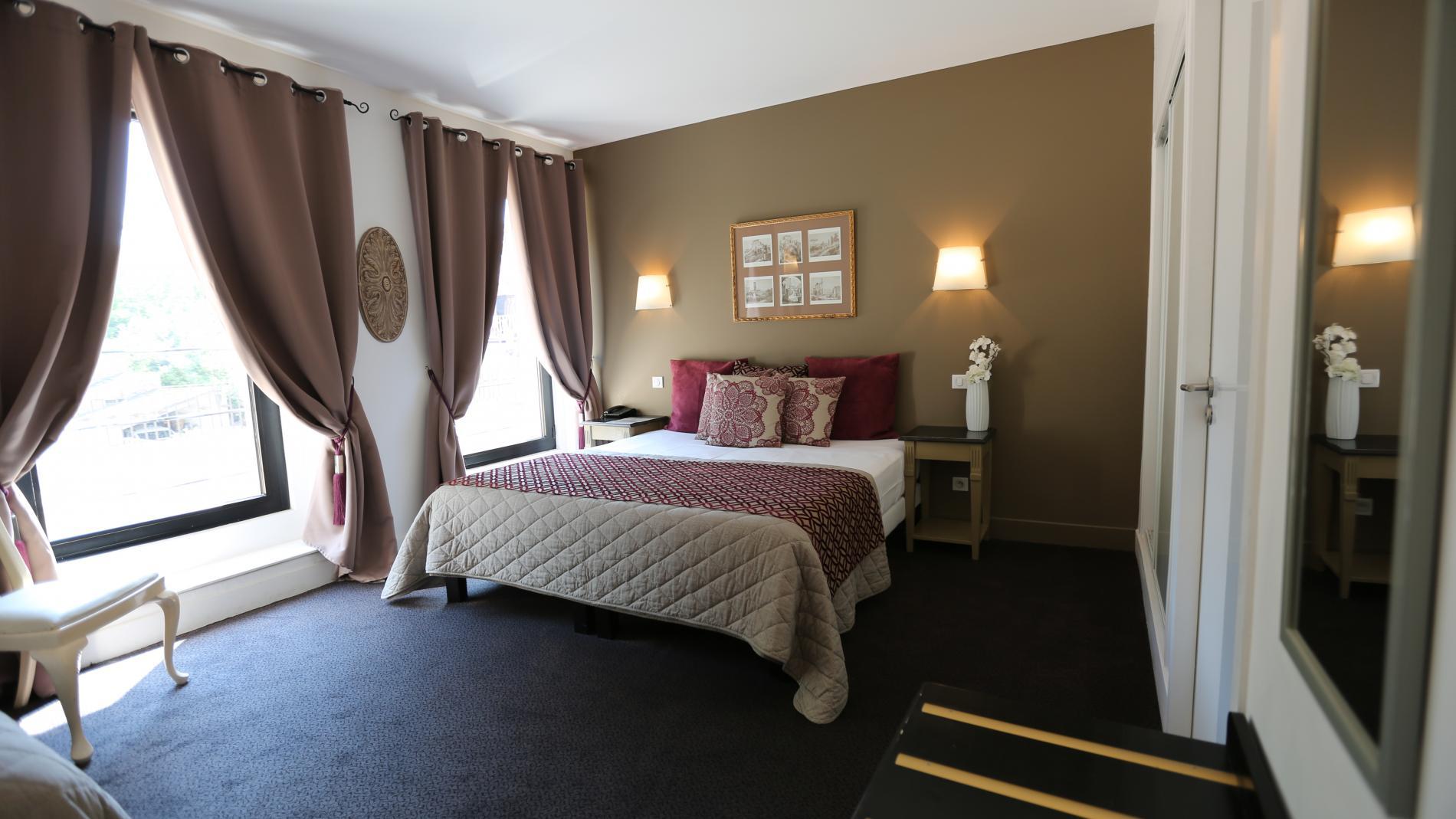 chambres h tel fontaine de vaucluse. Black Bedroom Furniture Sets. Home Design Ideas