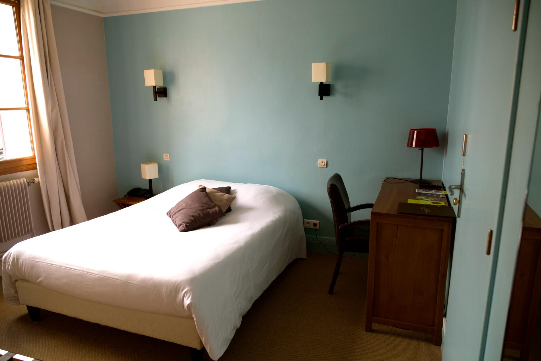 Hôtel familial proche de Rouen à Bourgtheroulde en Normandie