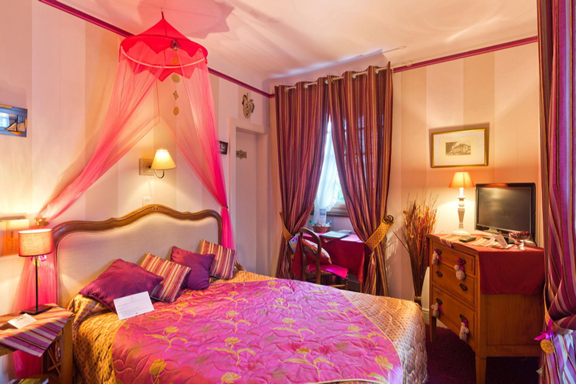 Chambres Hotel EVIAN Bord Lac Leman Hotel Les Cygnes ***