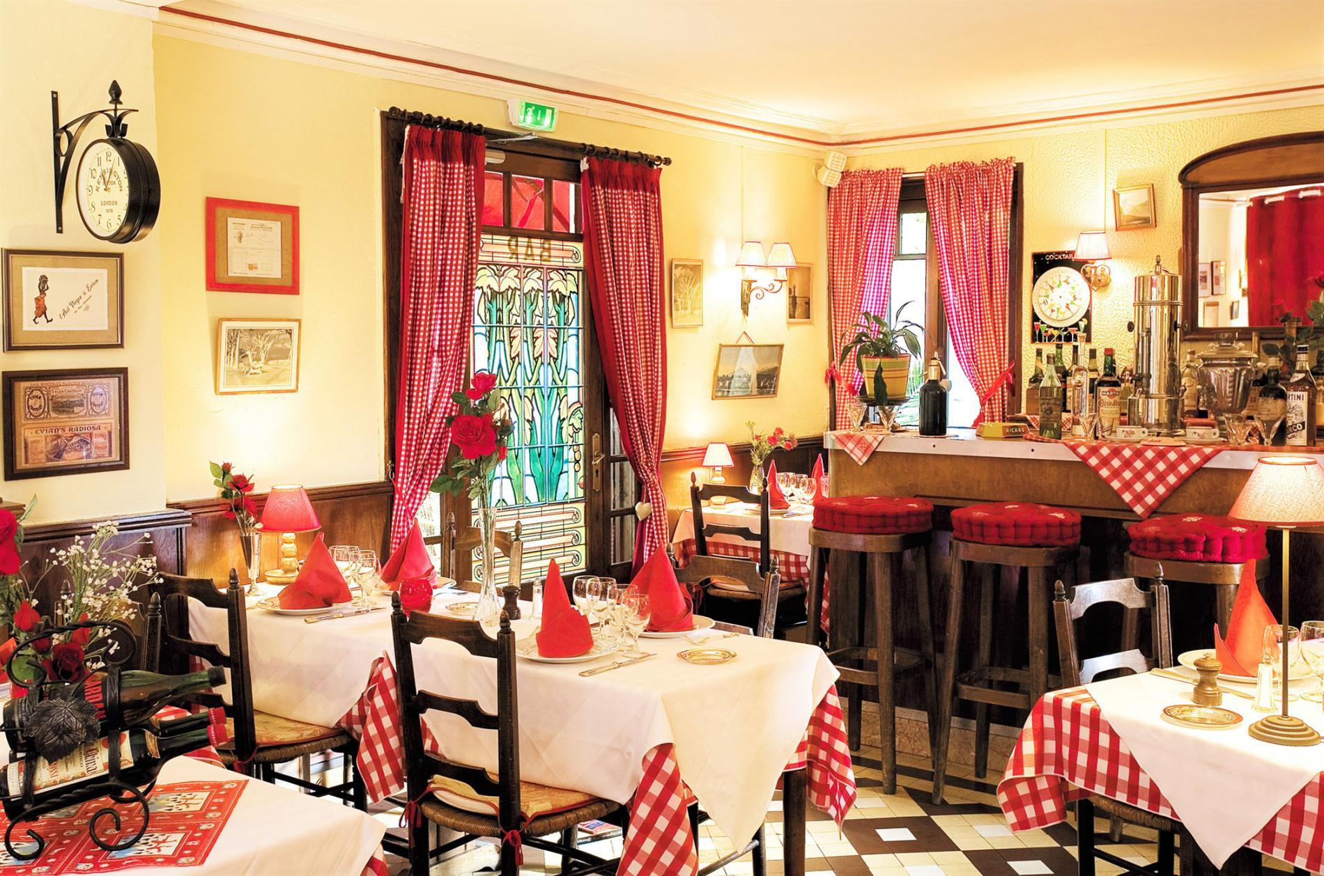 Restaurant Evian les Bains gourmet restaurant on Lake Geneva