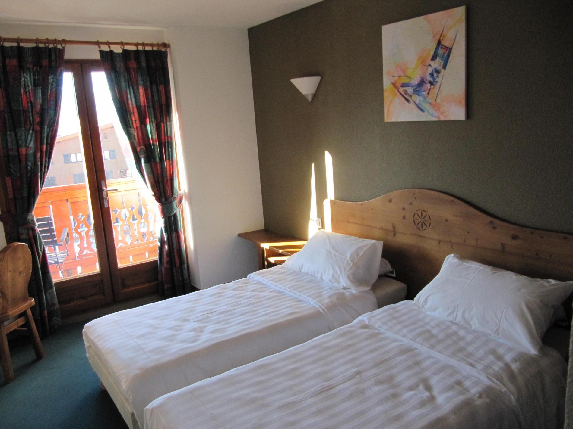Chambres hotel alpe d huez sur pistes de ski - Chambre d hote alpes d huez ...