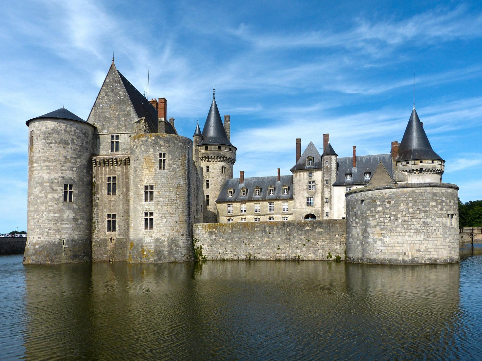 Château de Sully-sur-Loire