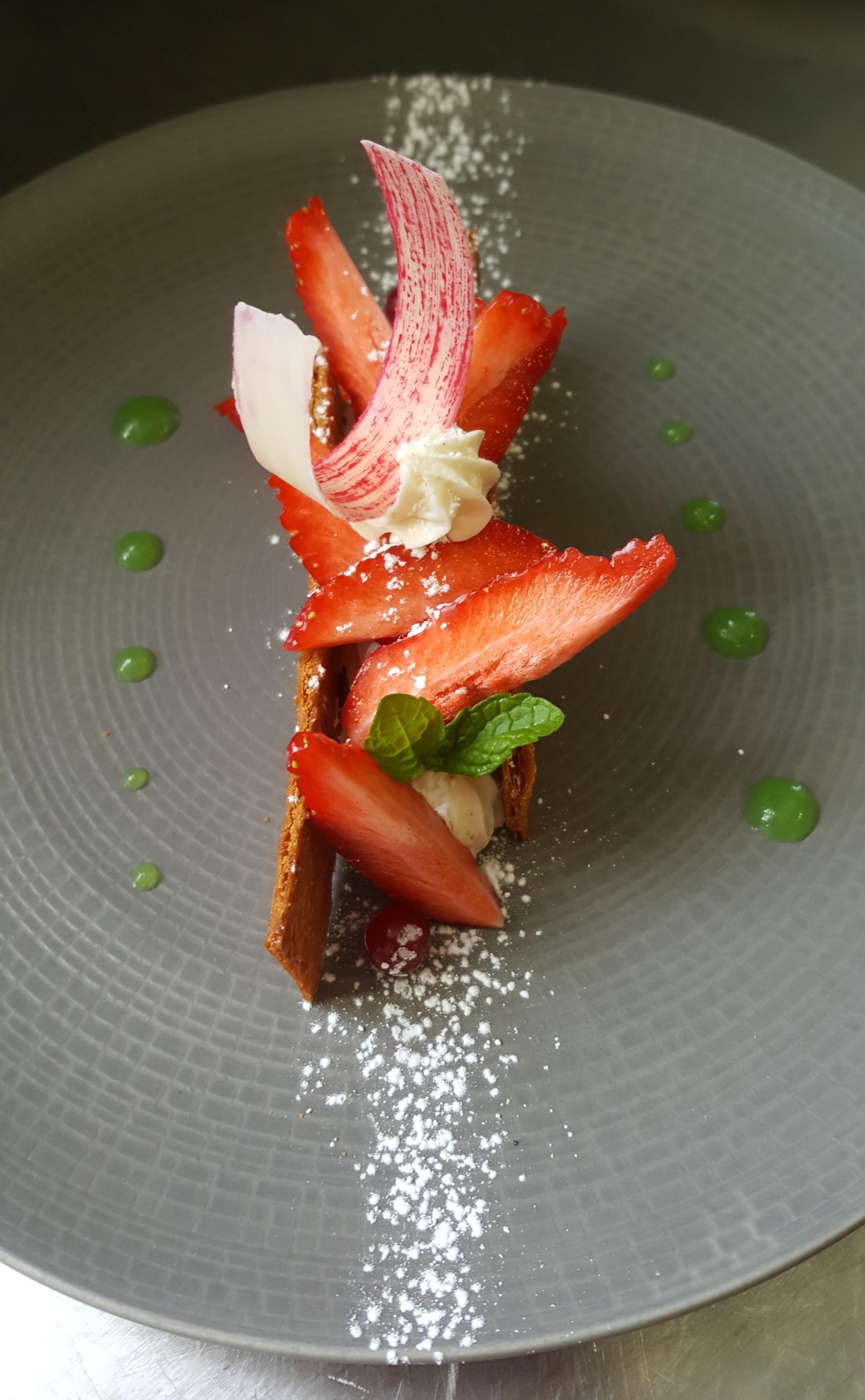 millefeuilles aux fraises, mousseline à la vanille