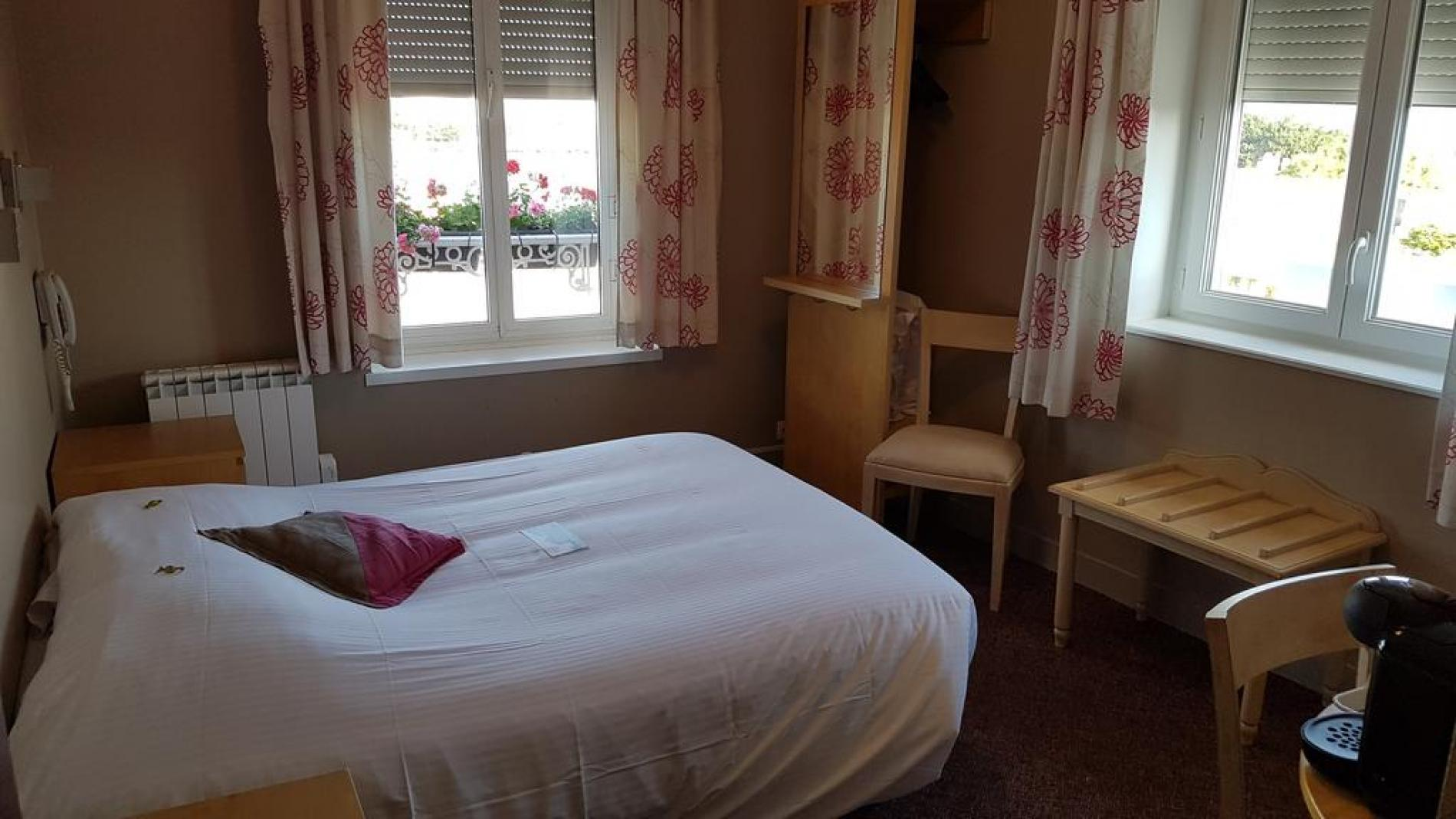 Juno beach double room