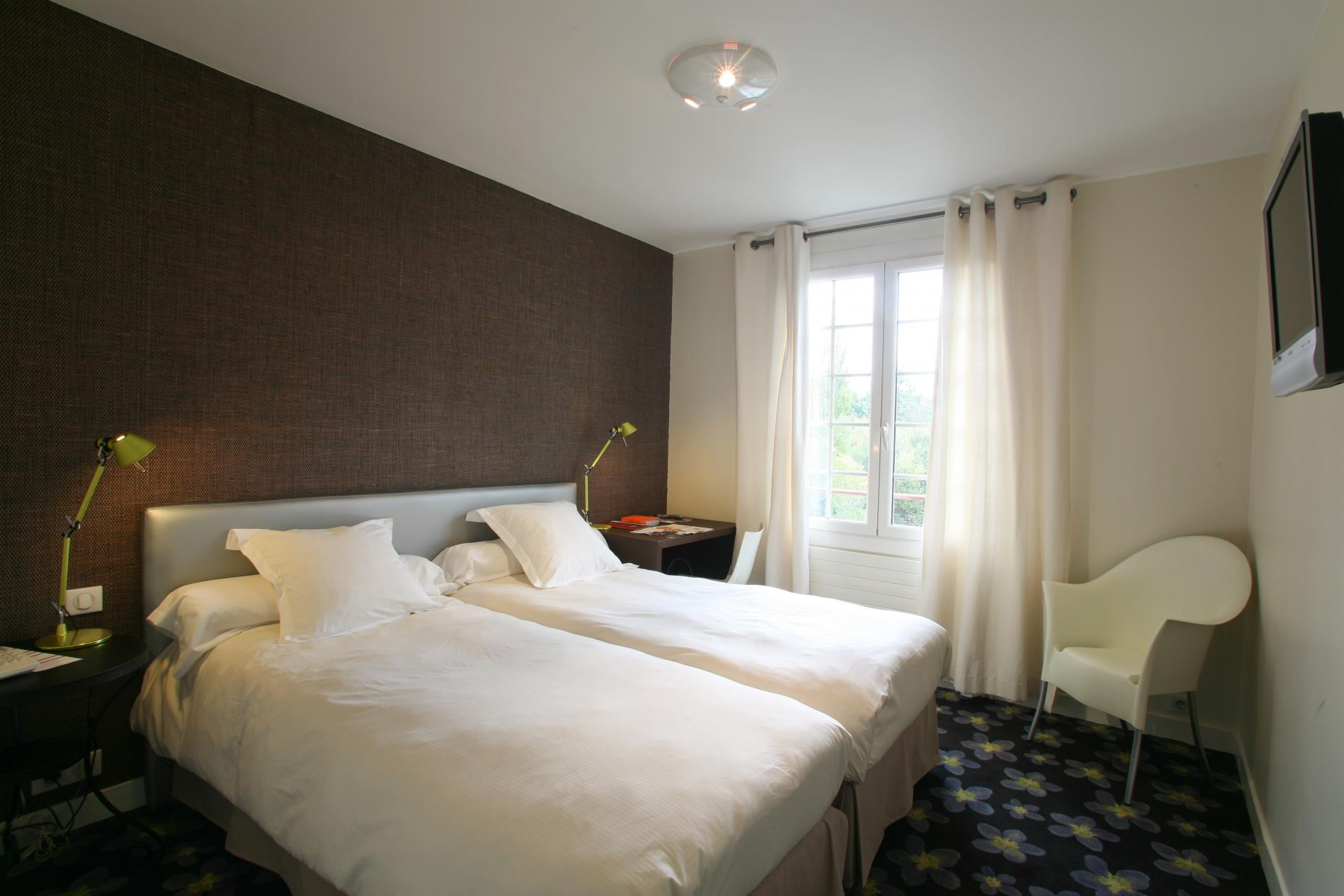 HOTEL DU MOULIN SINGLE ROOM