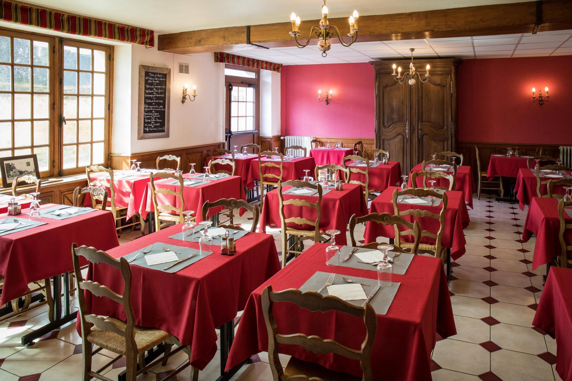 Brasserie de l'Hôtel de la Poste Le Mêle sur Sarthe
