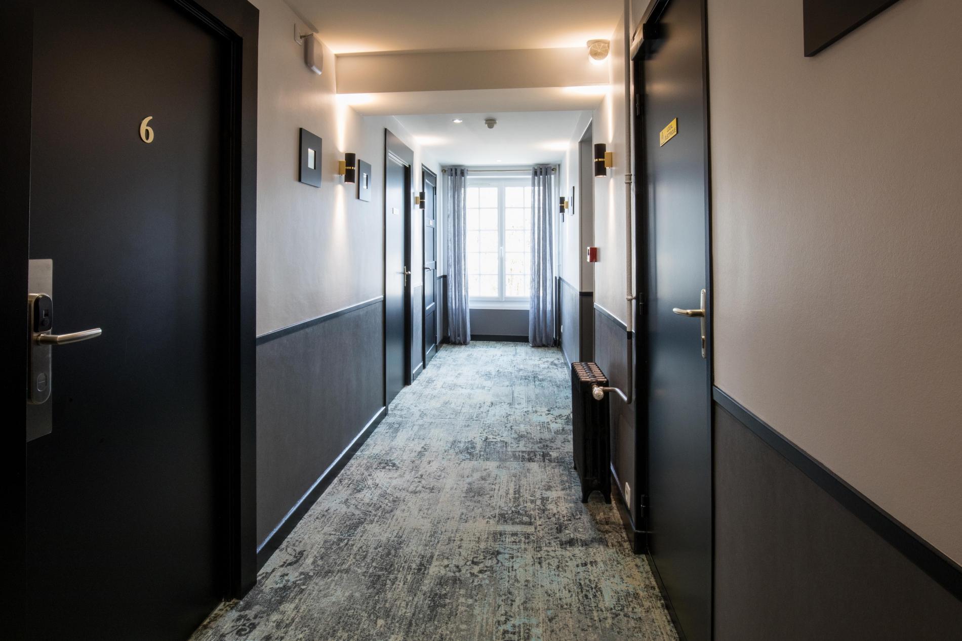Couloir de l'hôtel de laPoste Le Mêle sur Sarthe