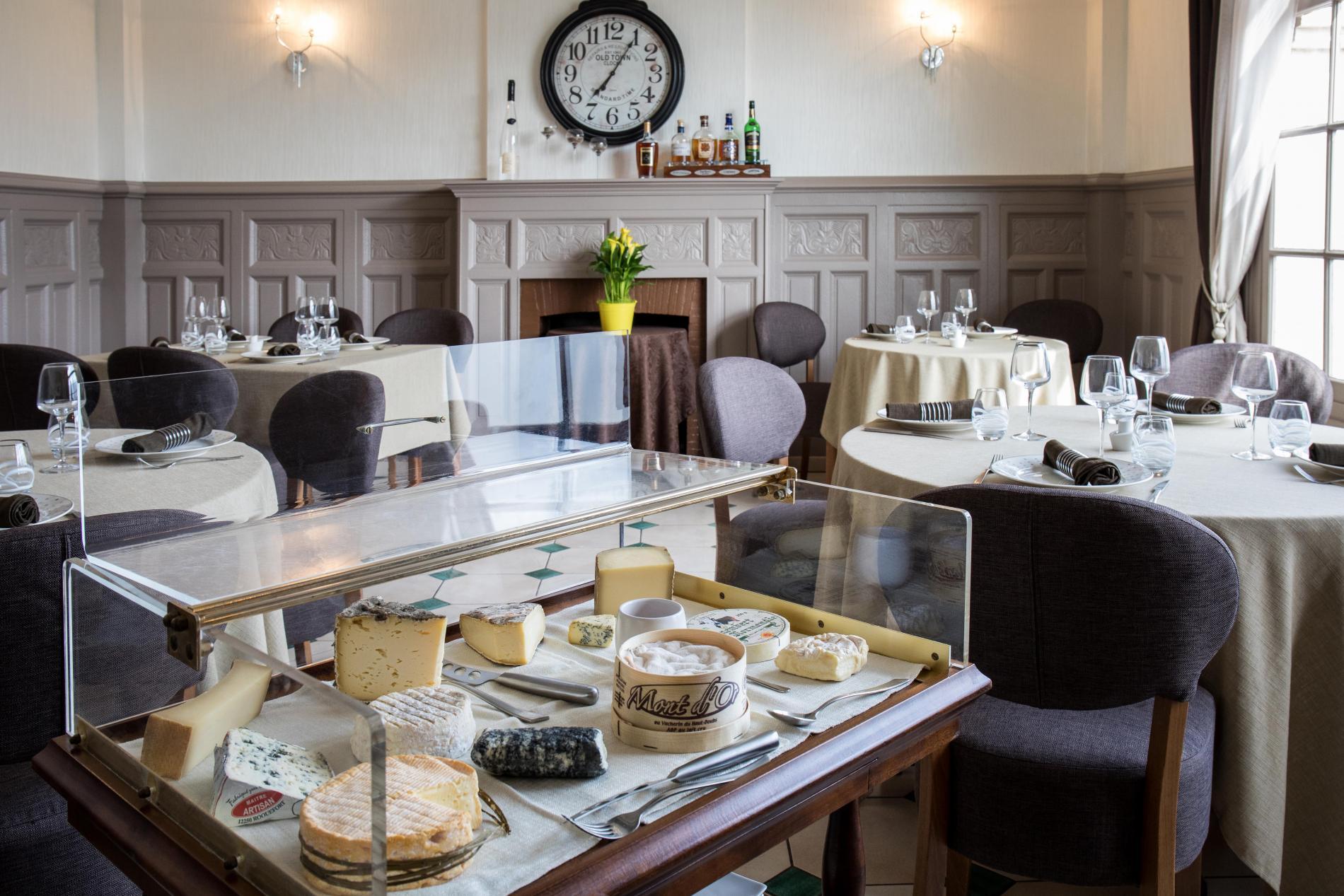 Restaurant de l'hôtel de la poste Le Mêle sur Sarthe
