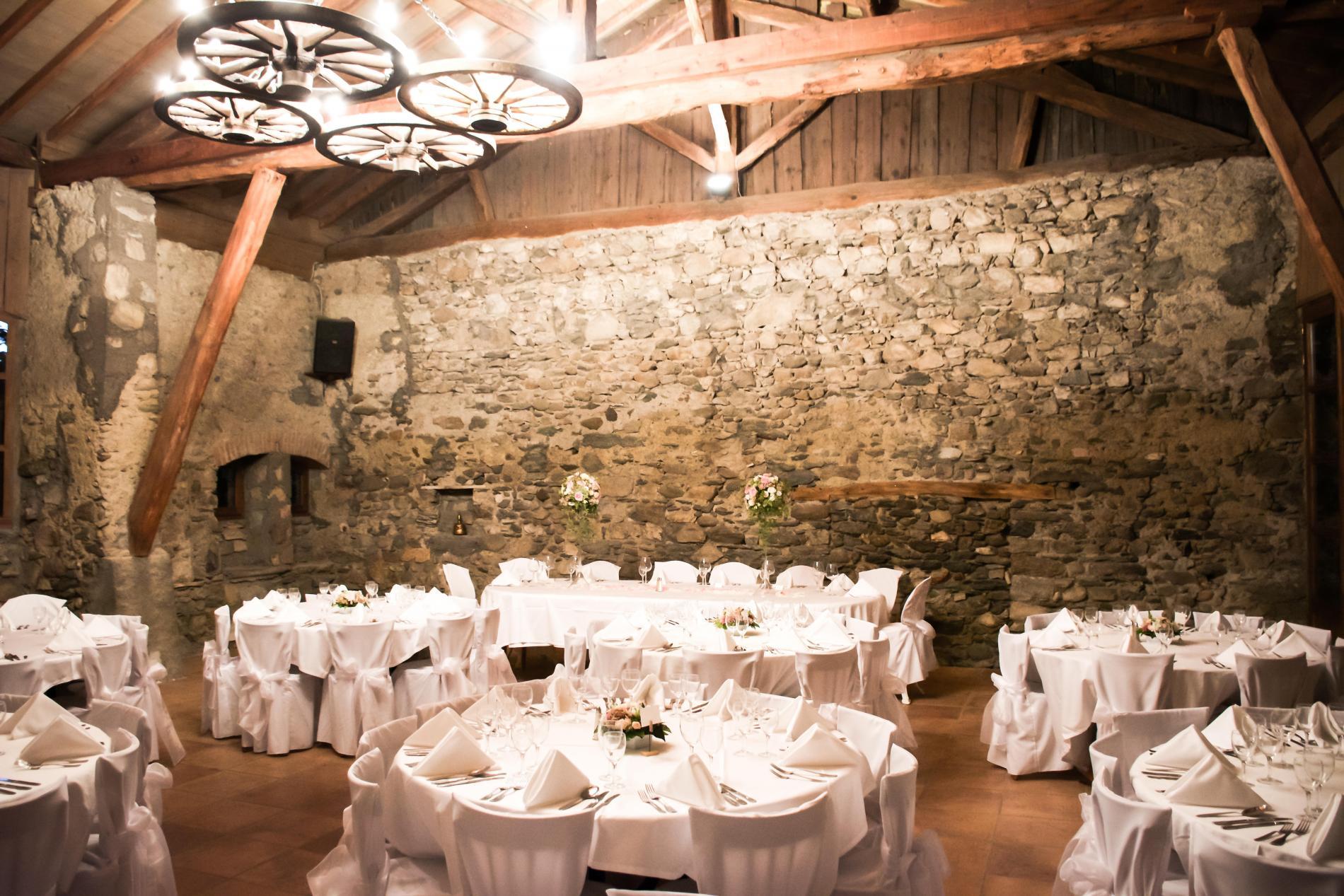 Mariage Au Chateau En Savoie A 20 Min D Alberville Et De Chambery
