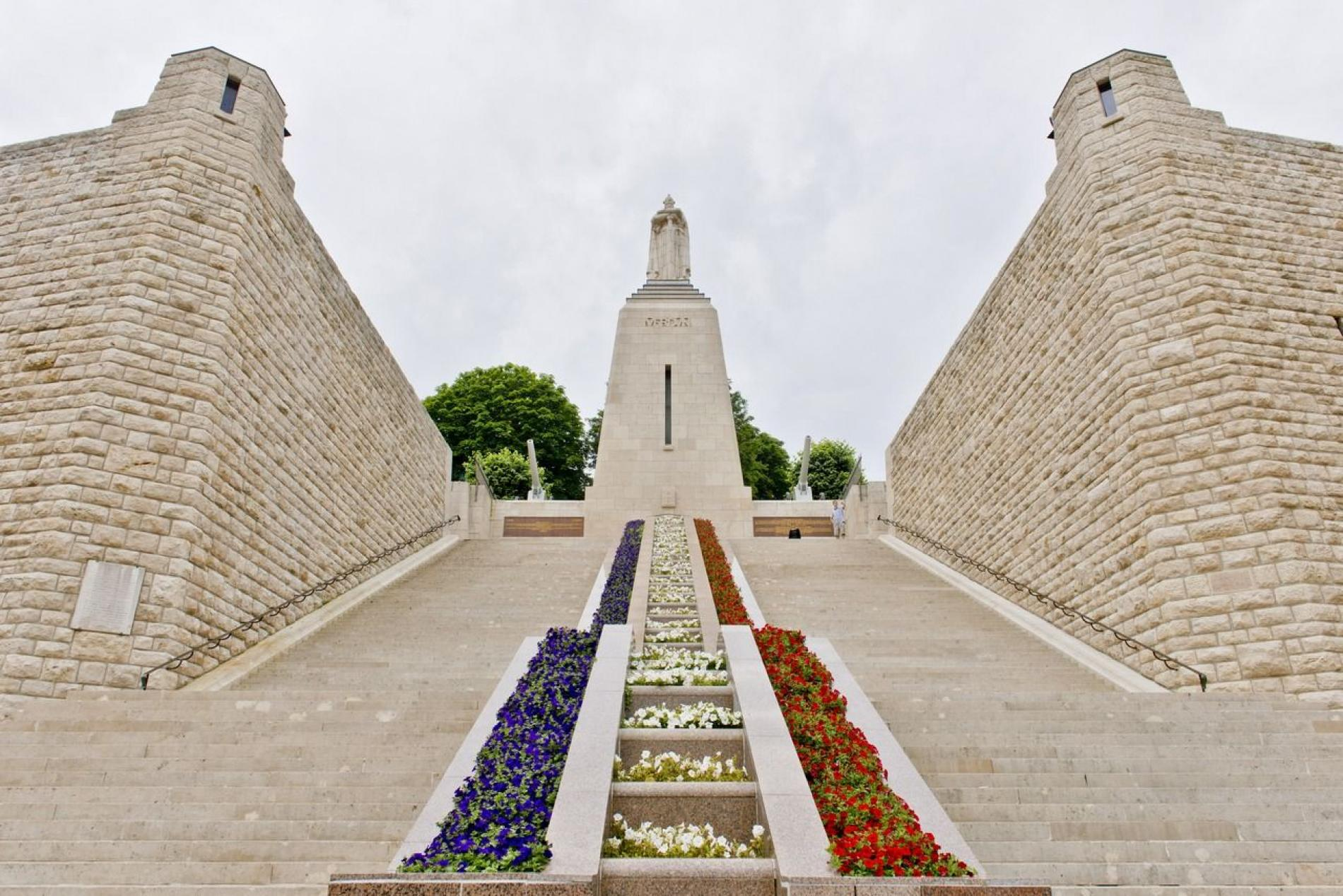 A 3mn, Monument à la Victoire au centre ville