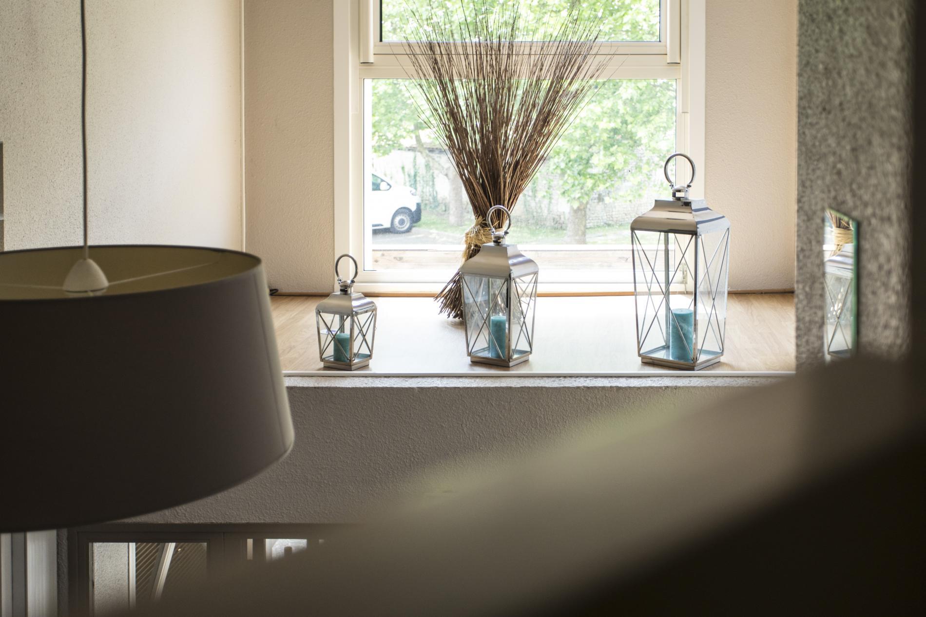 contact h tel niort h tel atoll. Black Bedroom Furniture Sets. Home Design Ideas