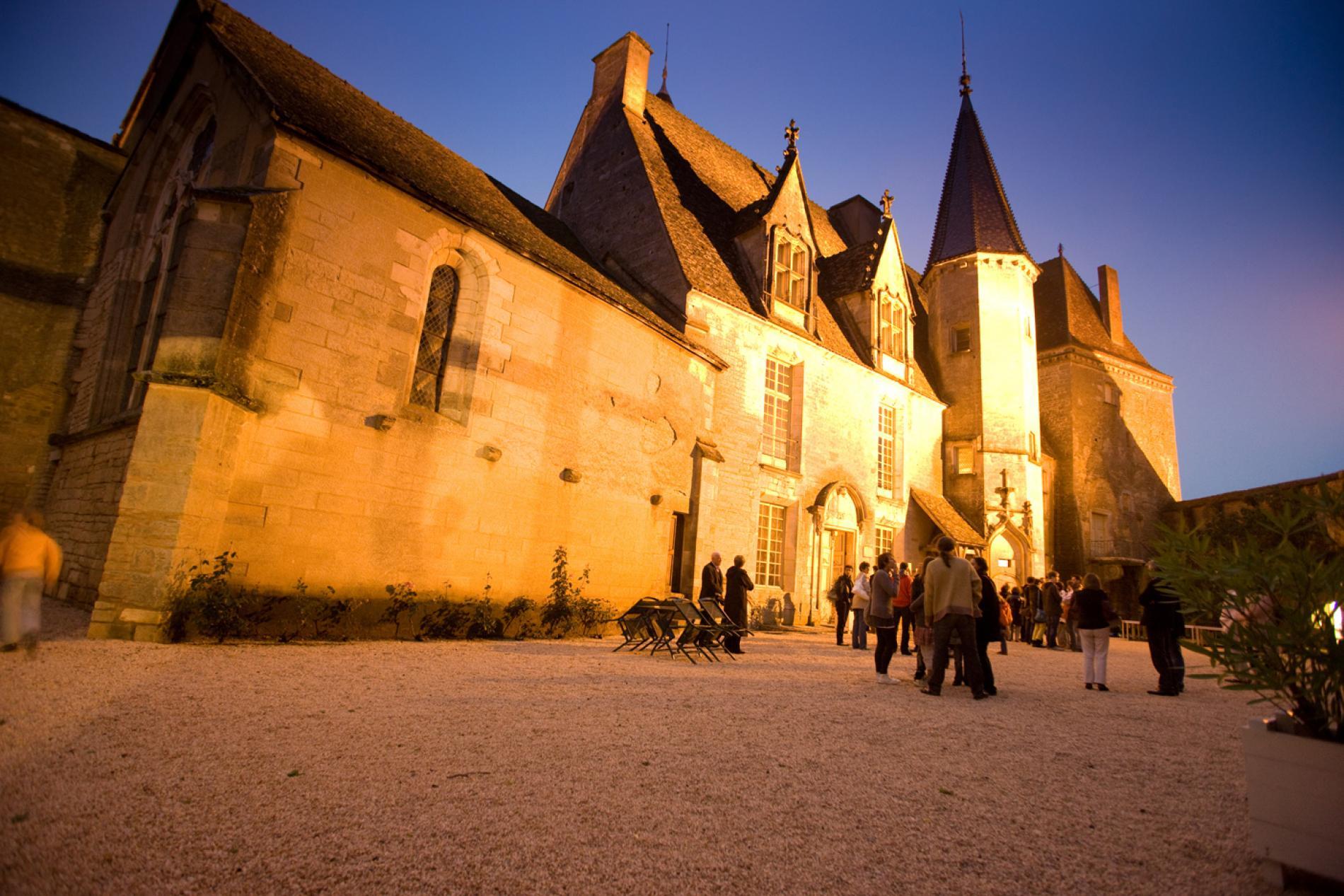 Château de Châteauneuf-en-Auxois,