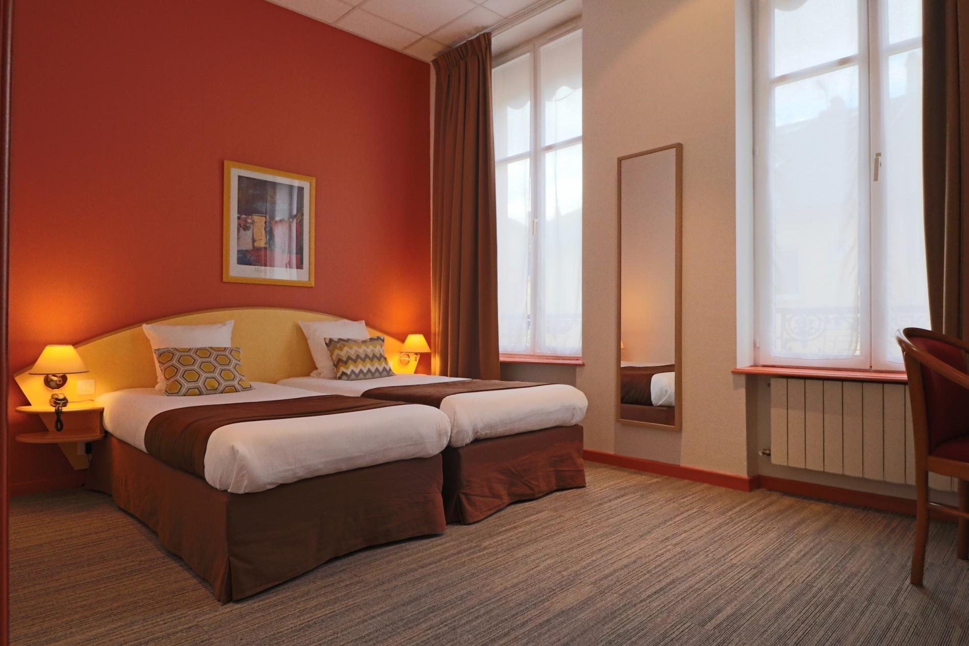 Logis Hôtel** dans le centre historique de Thionville