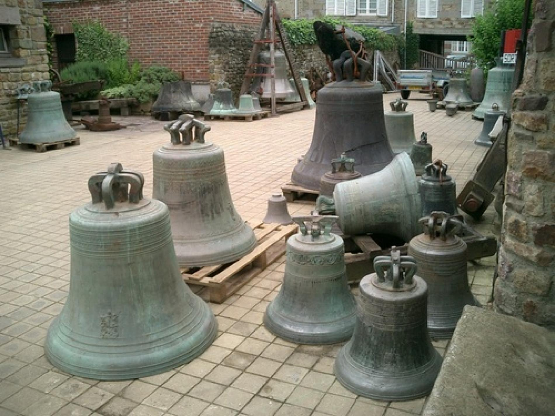 Bell foundry
