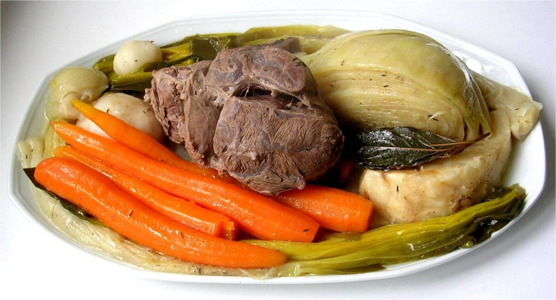 MENU POT AU FEU DU 6 et 7 AVRIL