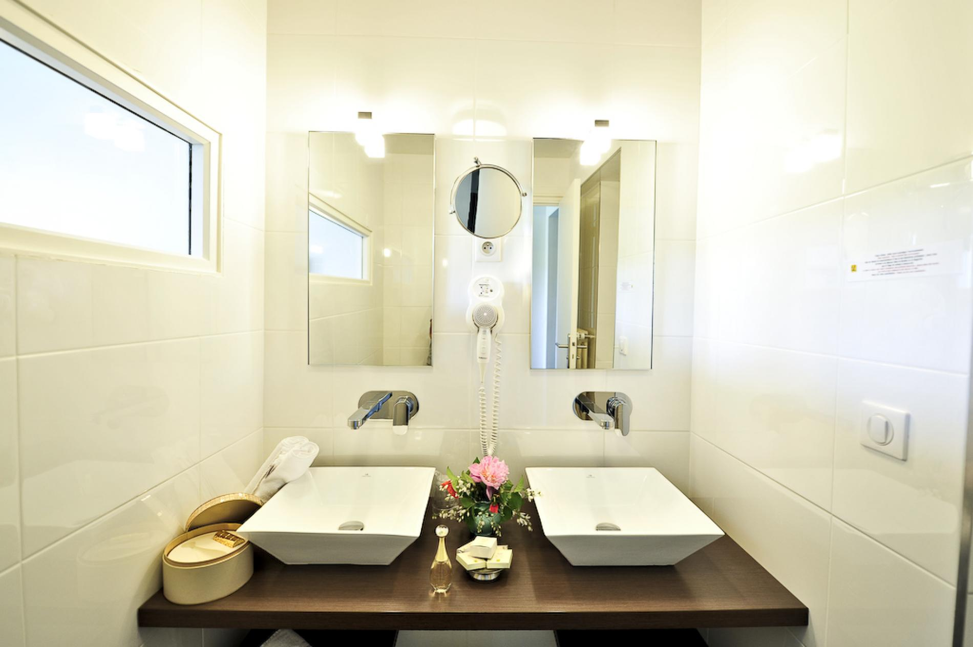 salle de bain comtemporaine