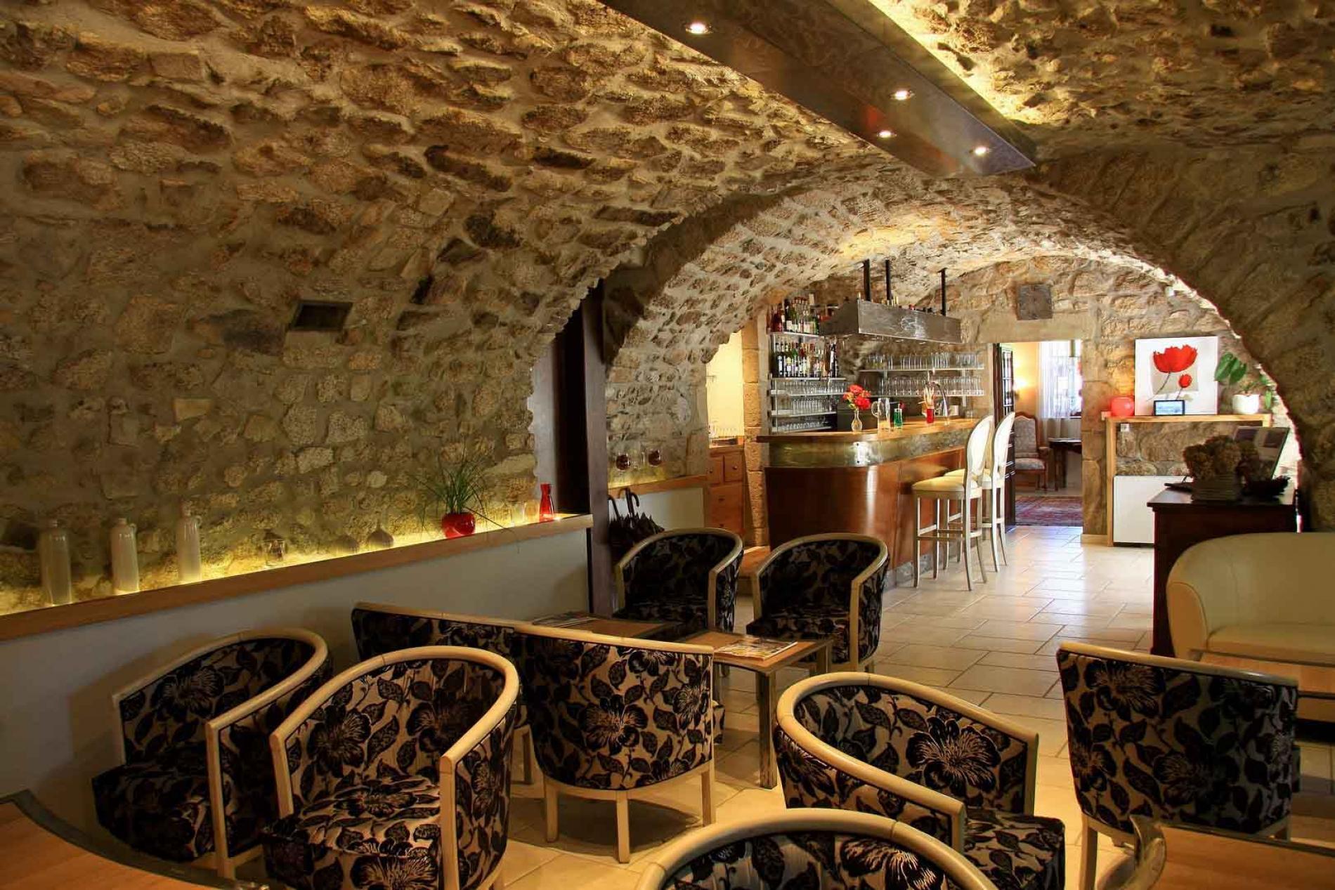 Logis Hôtel au cœur de l'Ardèche méridionale