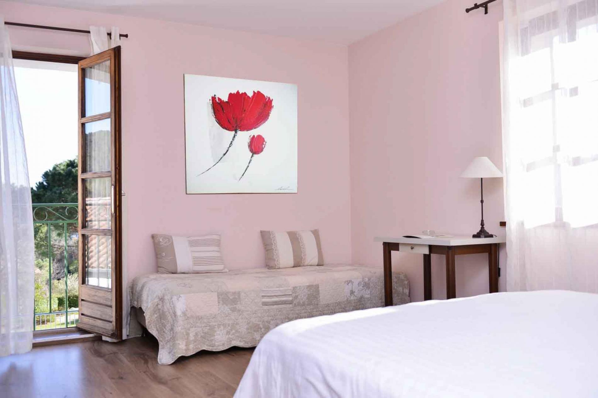 Logis Hotel au cœur de l'Ardèche méridionale