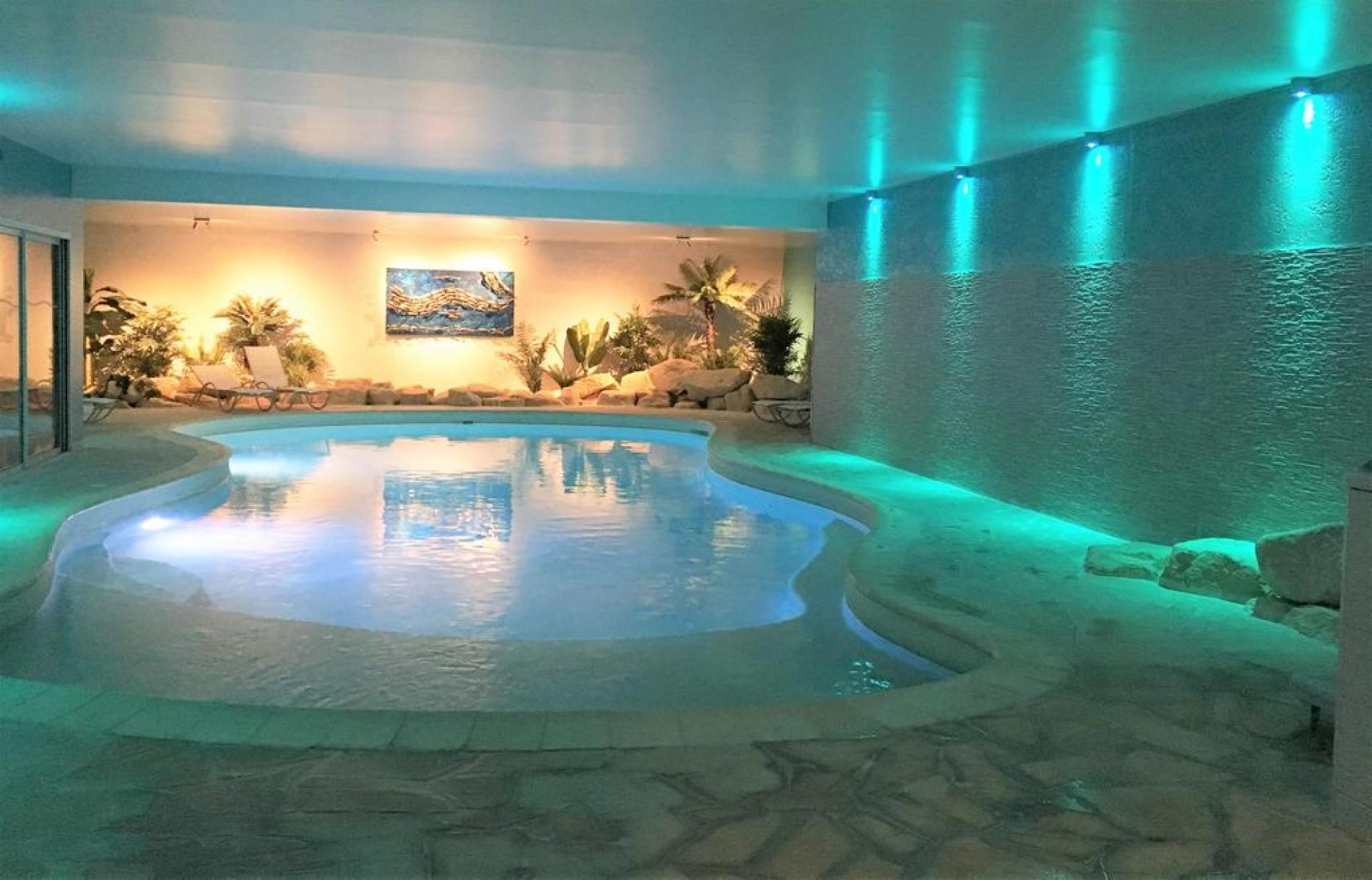 Piscines Es & Spas hotel deauville piscine spa of deauville