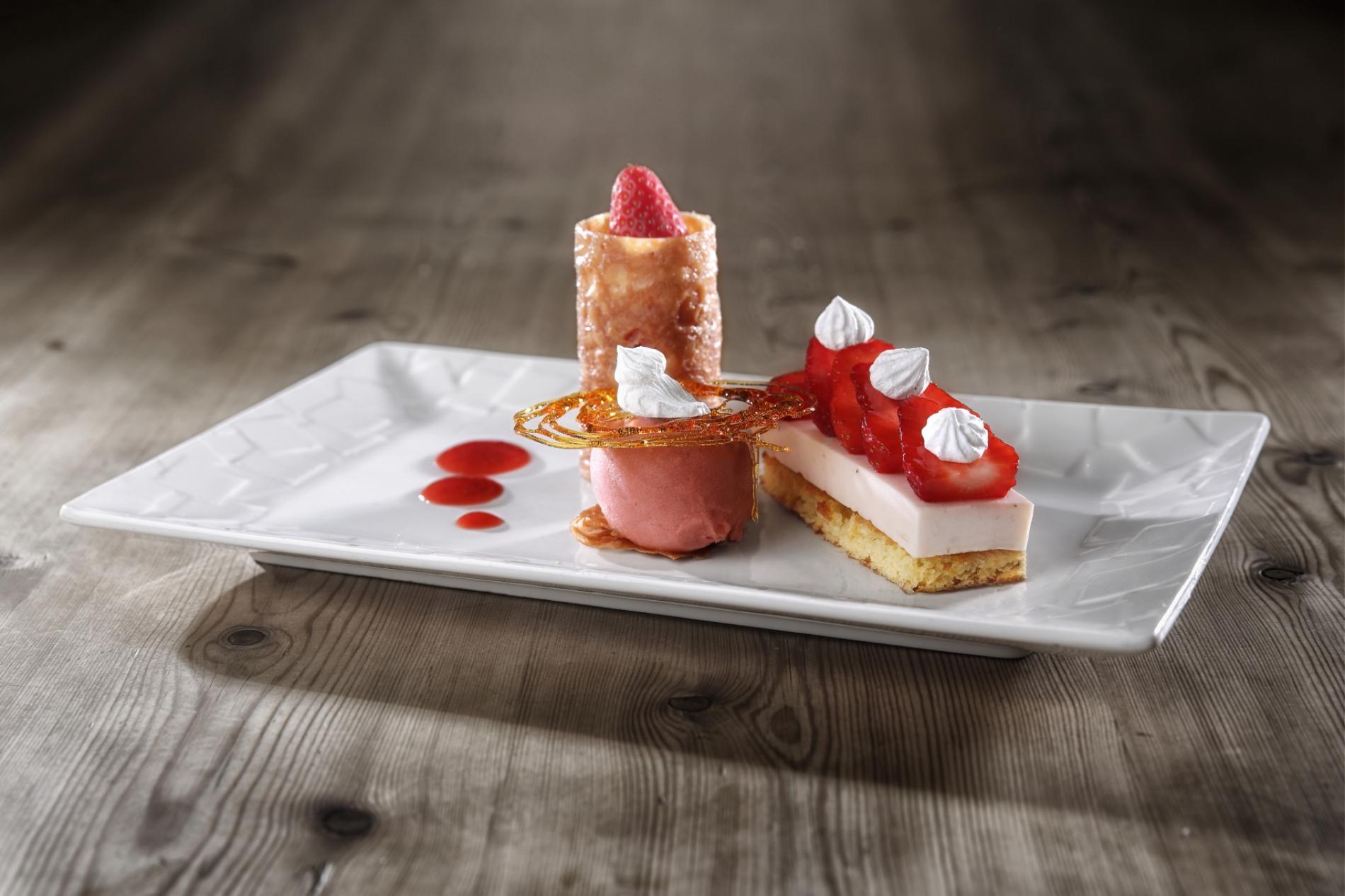 Assiette gourmande autour de la fraise du Périgord