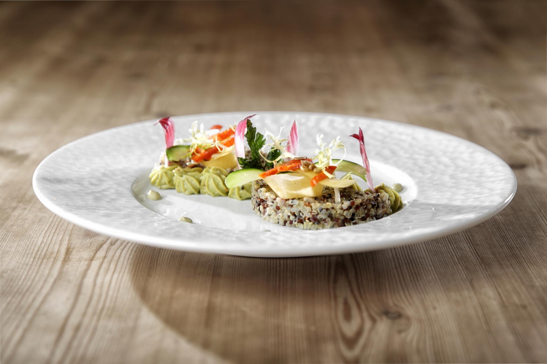 Salade de quinoa et guacamole epicé , recette des Voyageurs à la Coquille