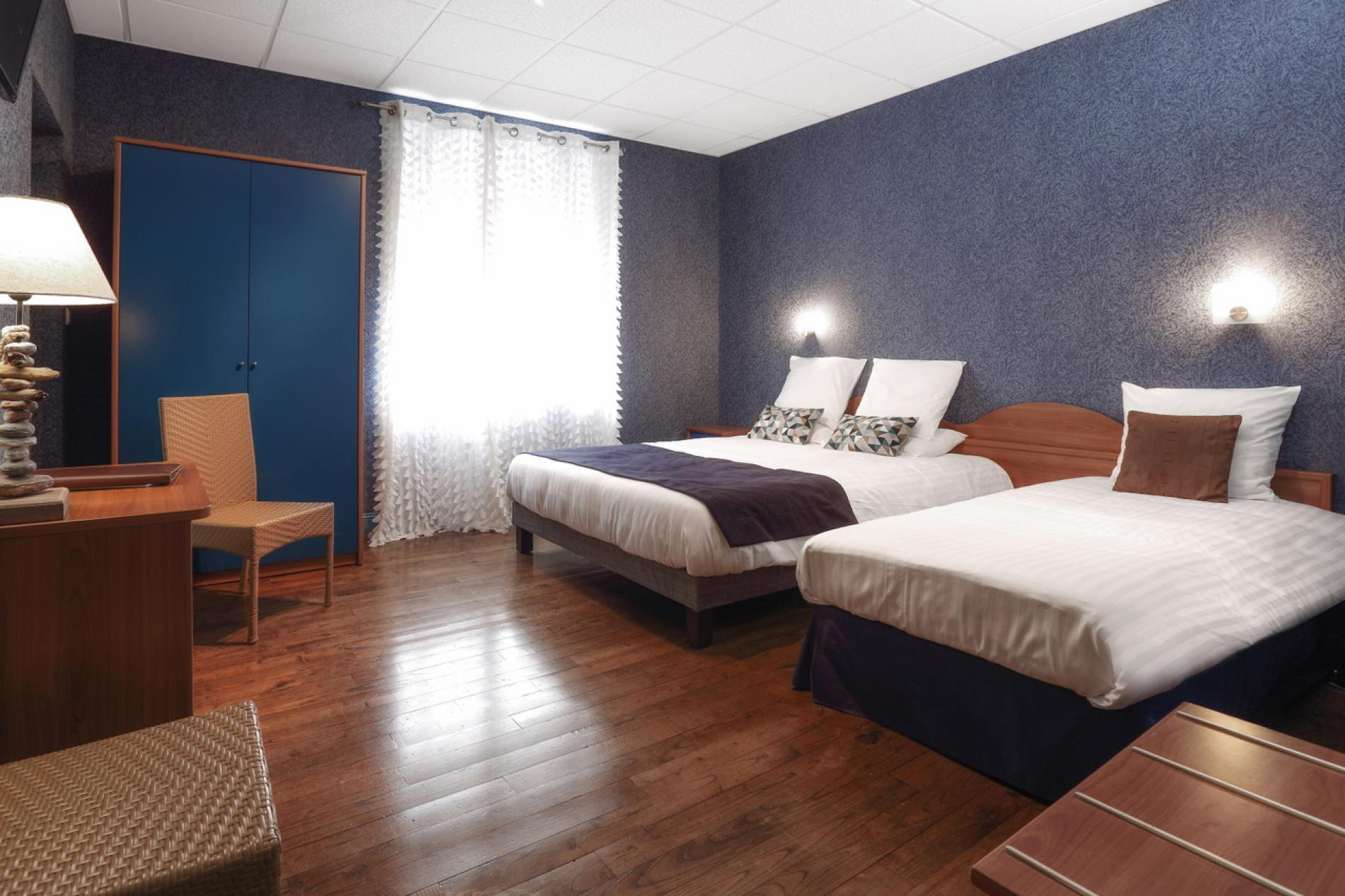 Superior category room with 2 beds for 2-3 people
