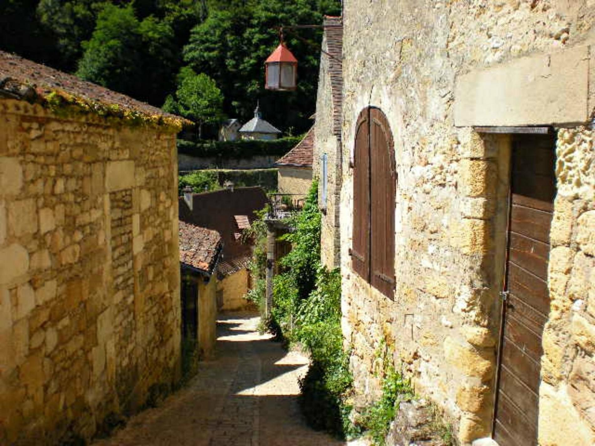 Beautiful alley in Perigord