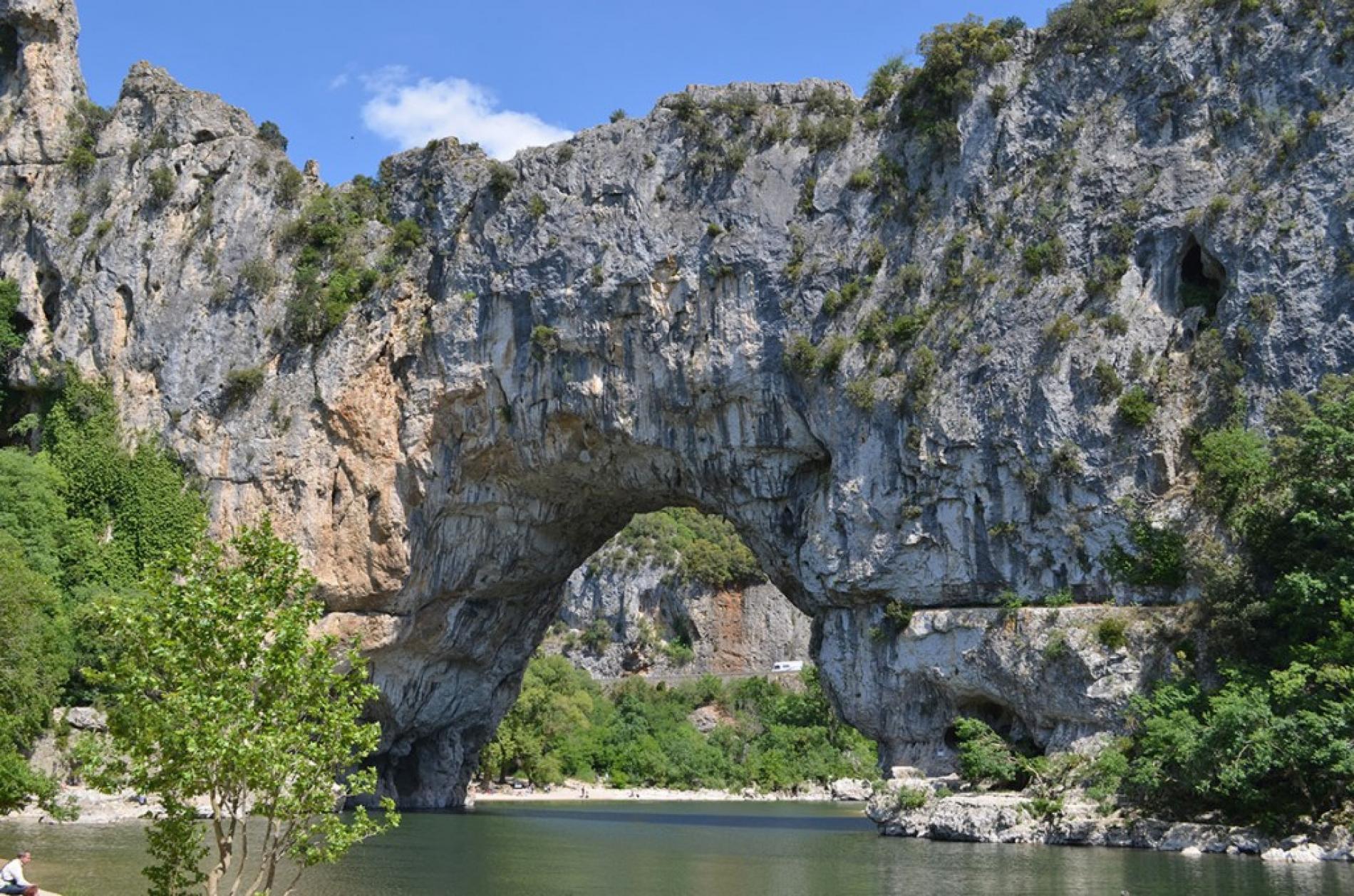 Canoë au Pont D'Arc
