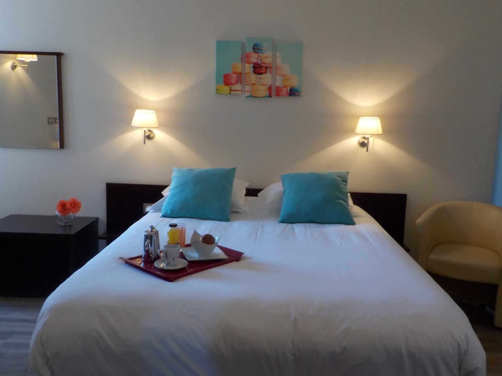 chambre double confort Logis Hotel de Bretagne