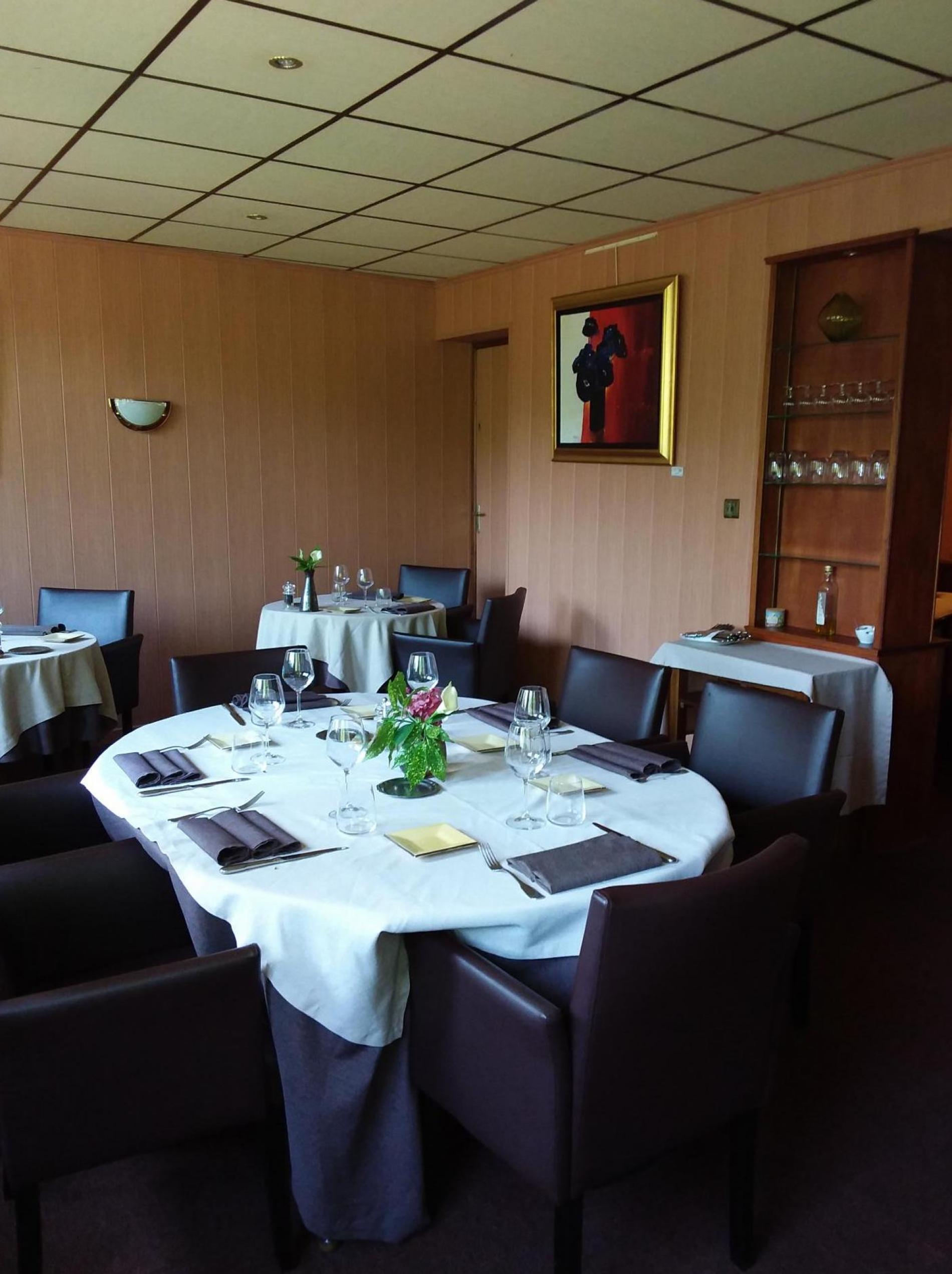 restaurant grand salon