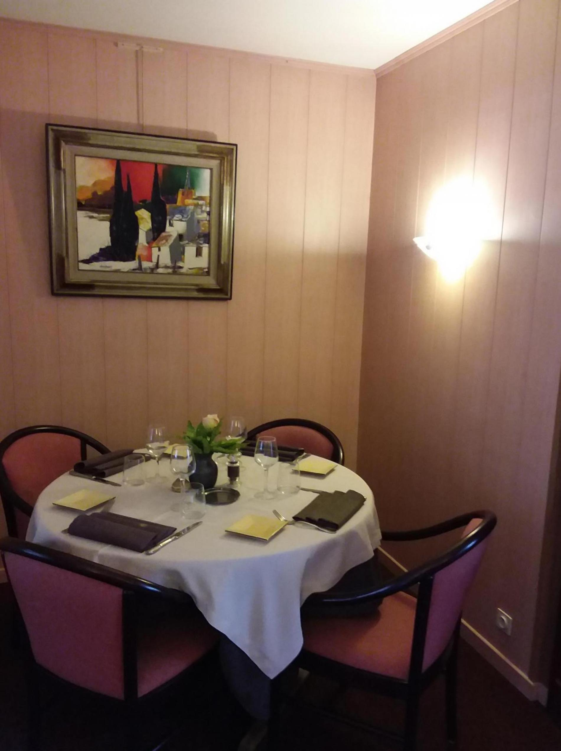 restaurant petit salon