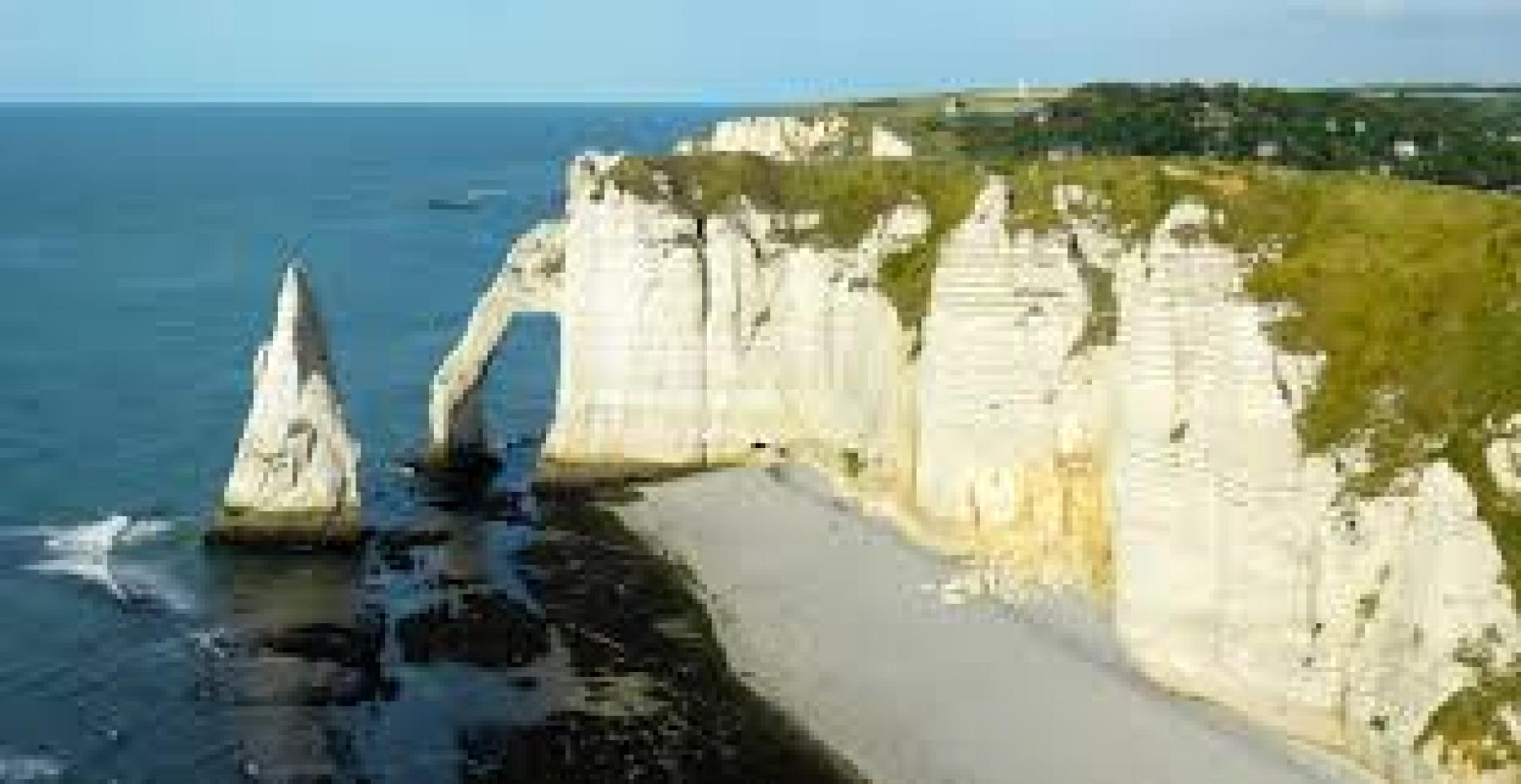 25 minutes from the town of Etretat