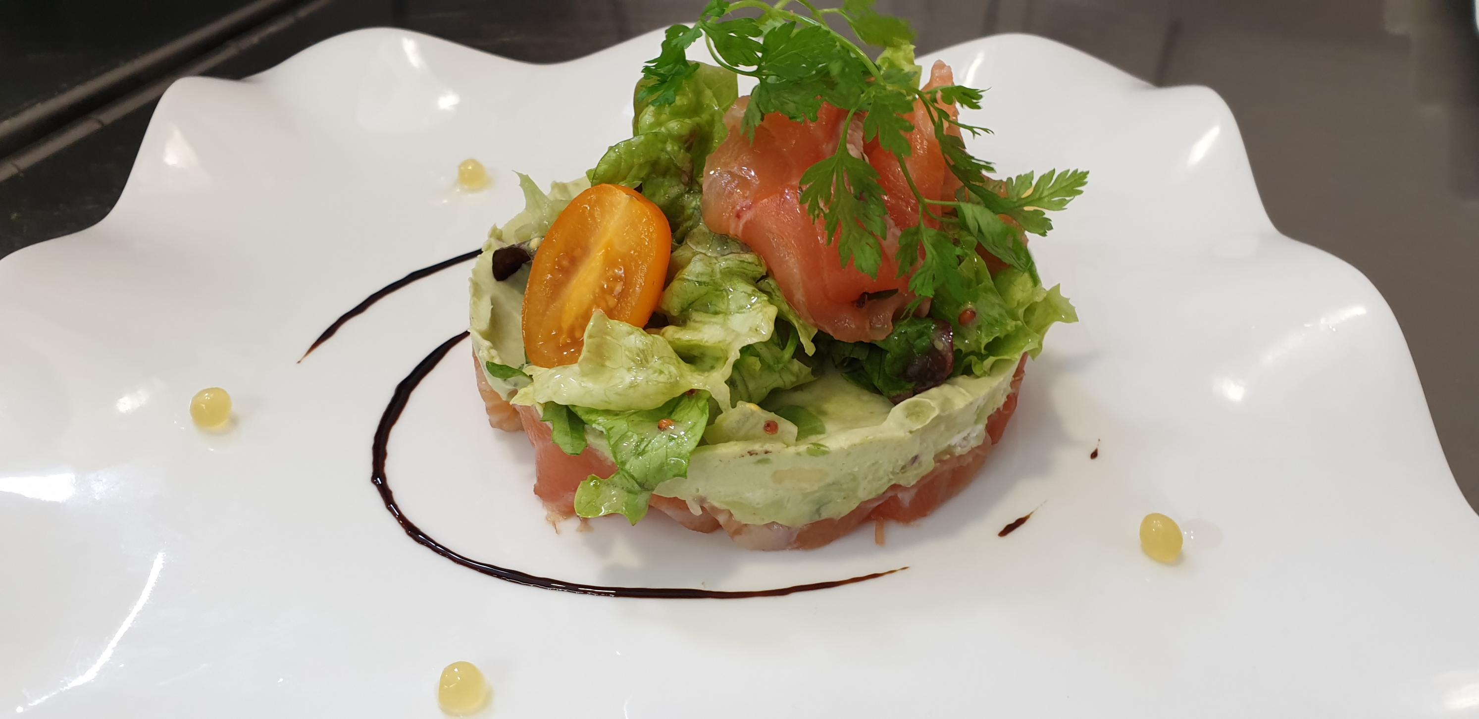 gravelax de saumon et guacamole d'avocat