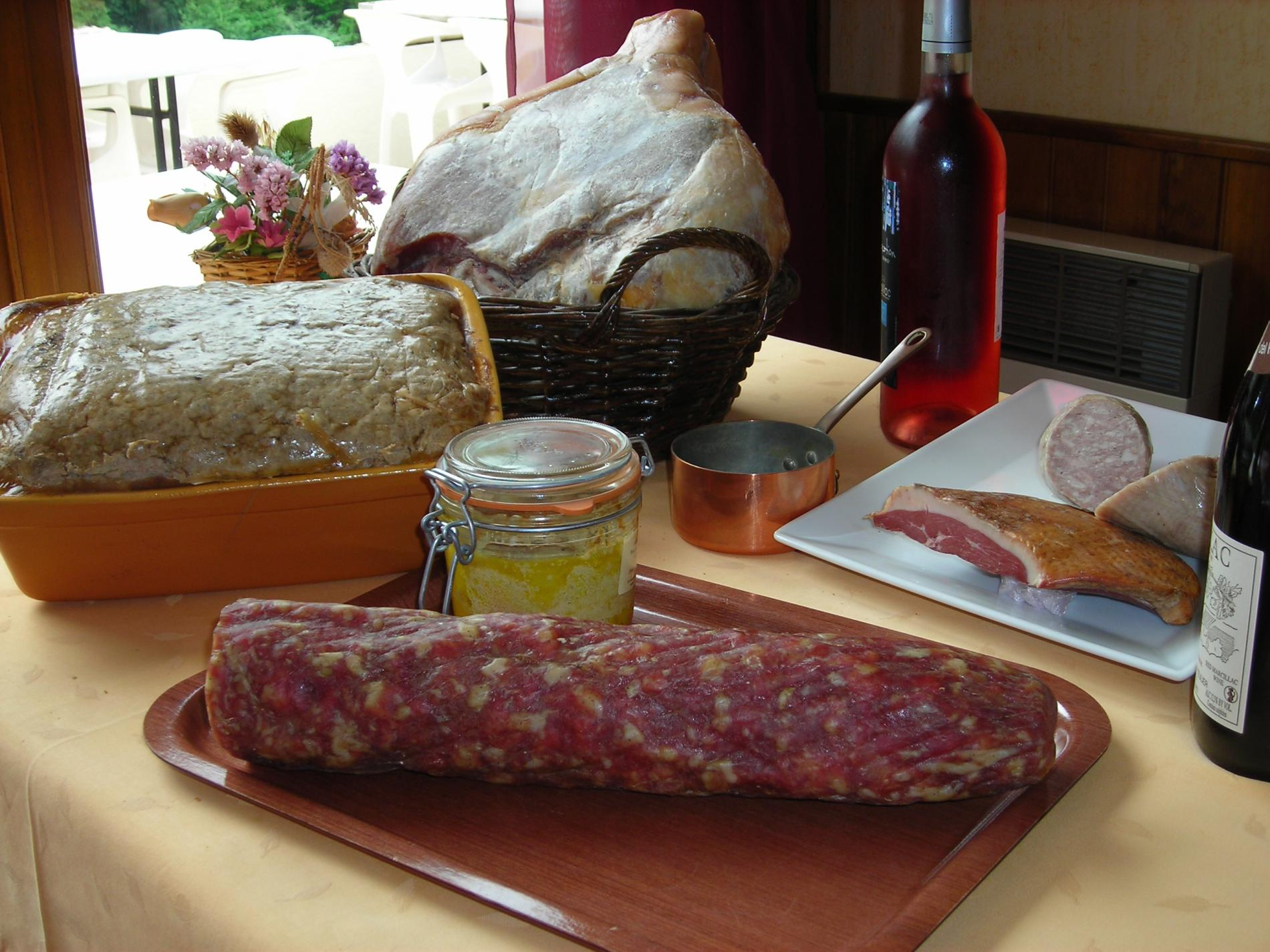 La Gastronomie Aveyronnaise