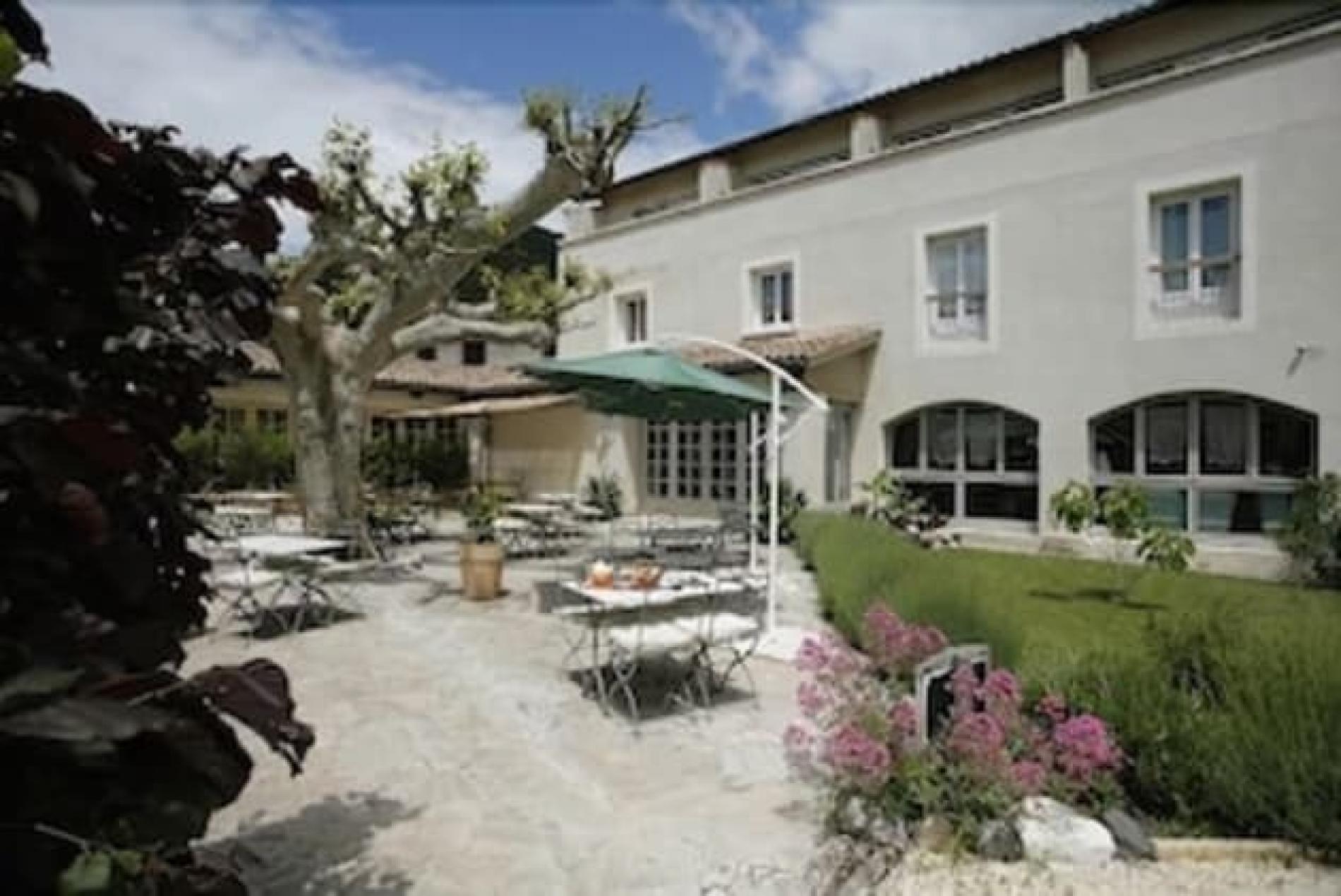 Hôtel Provençal de Charme Le Médiéval