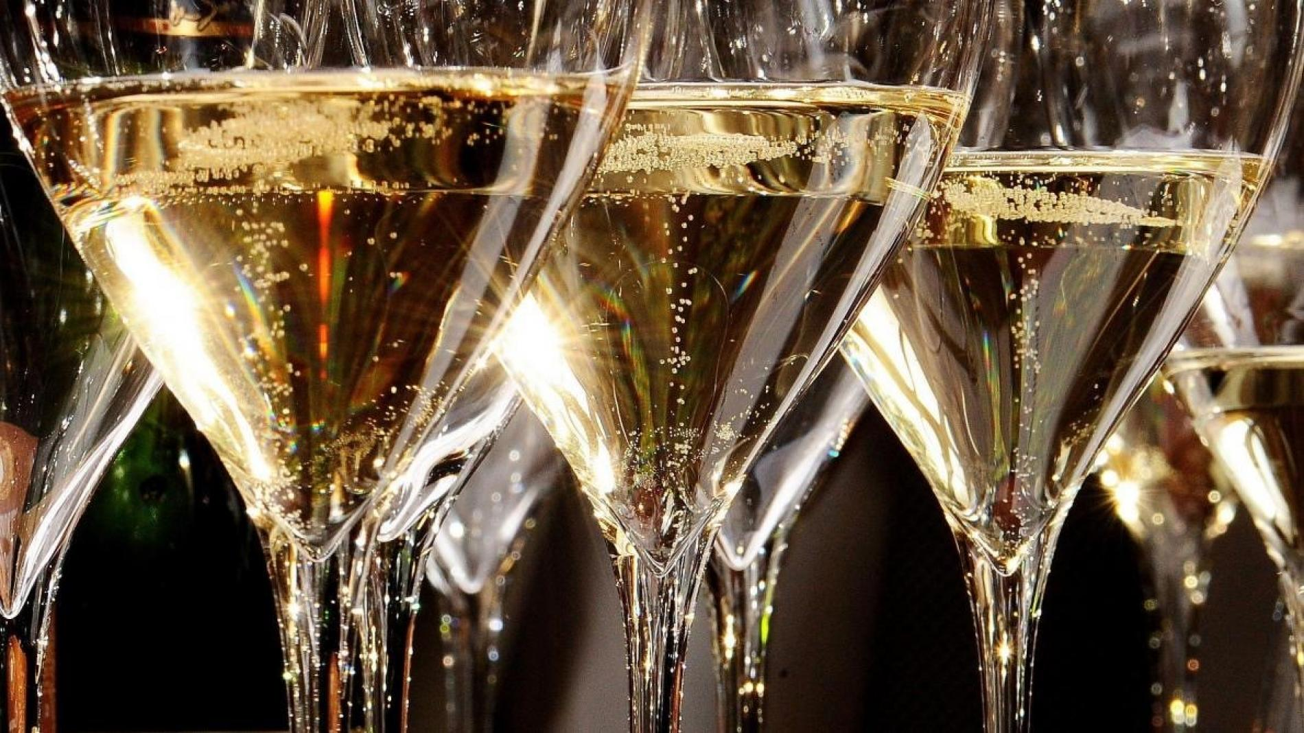 For a sparkling arrival ... Champagne, wines
