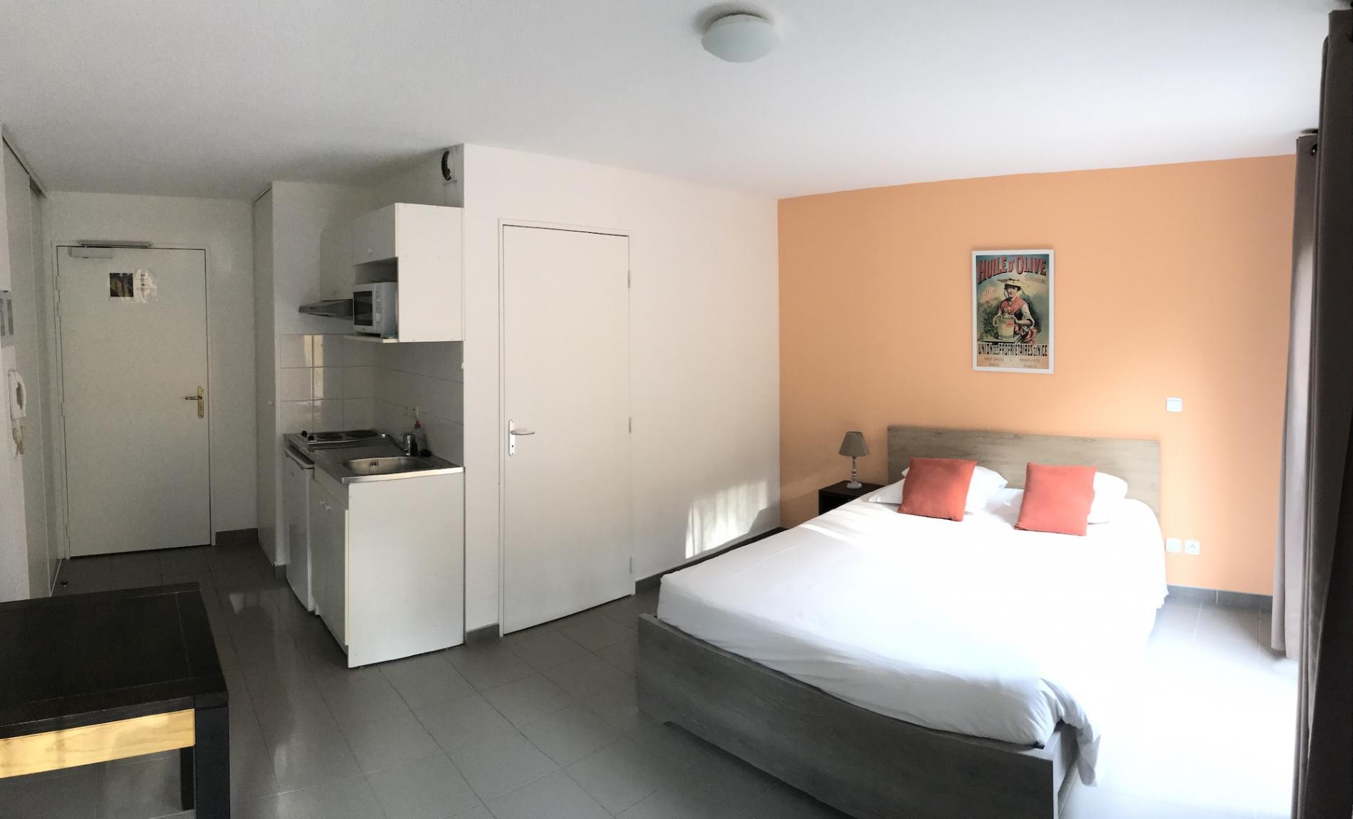 Hôtel et Appart-Hôtel à St Paul lez Durance