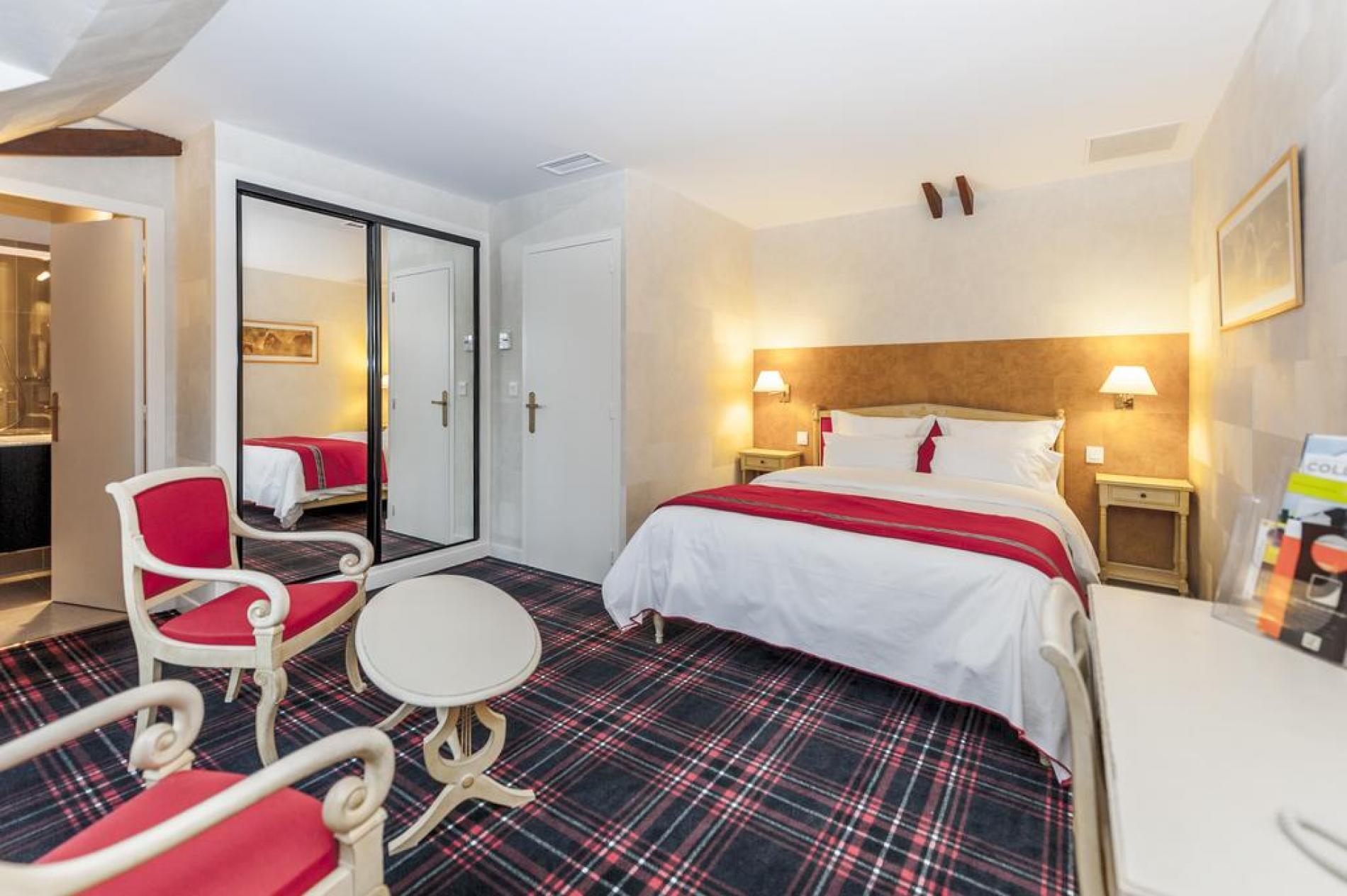 Au Relais Du Gué De Selle nos chambres & suites à Mézangers, au coeur du Pays-de-la-Loire